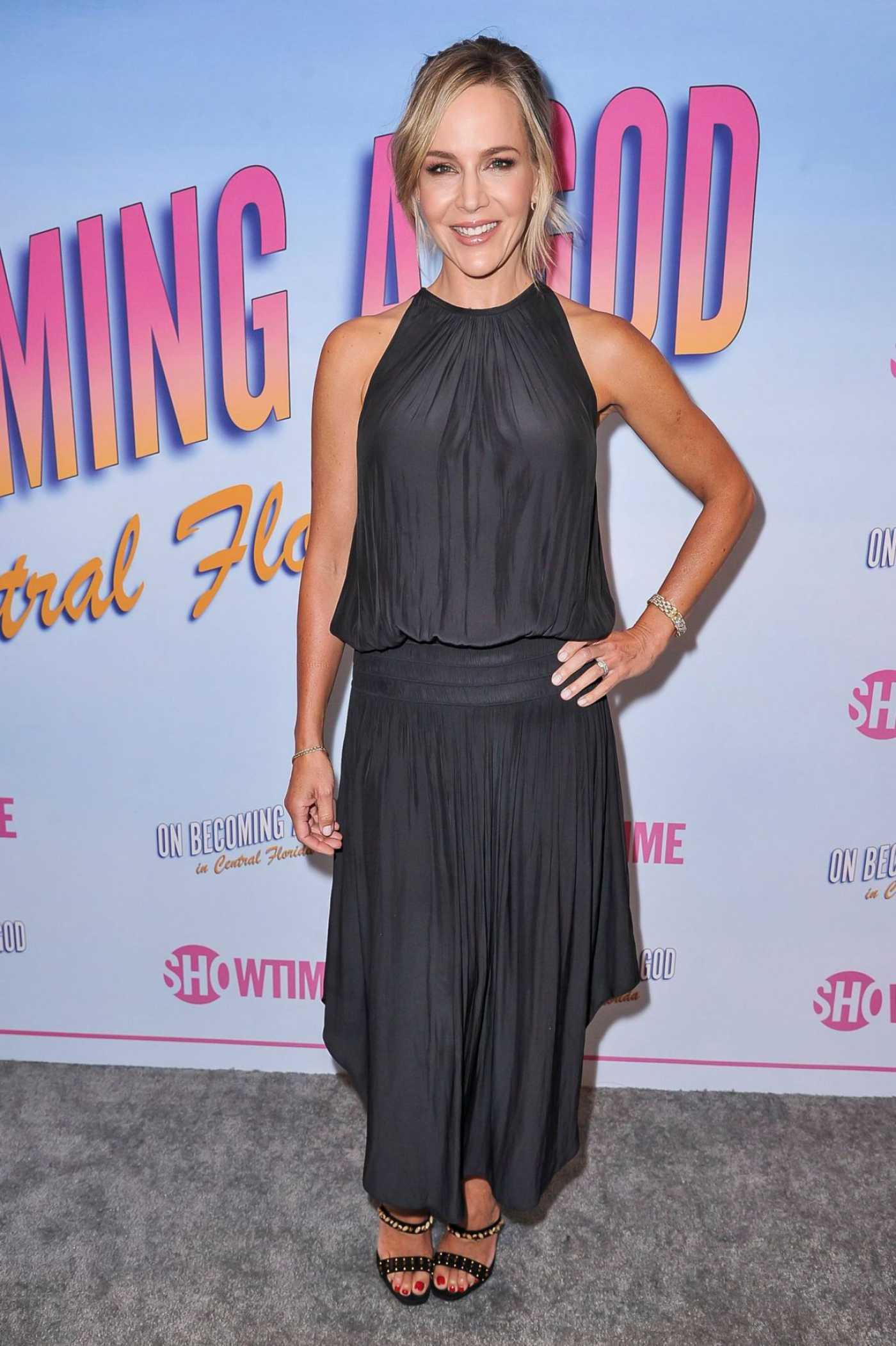 Julie Benz Attends On Becoming a God in Central Florida TV Show Premiere in LA 08/20/2019