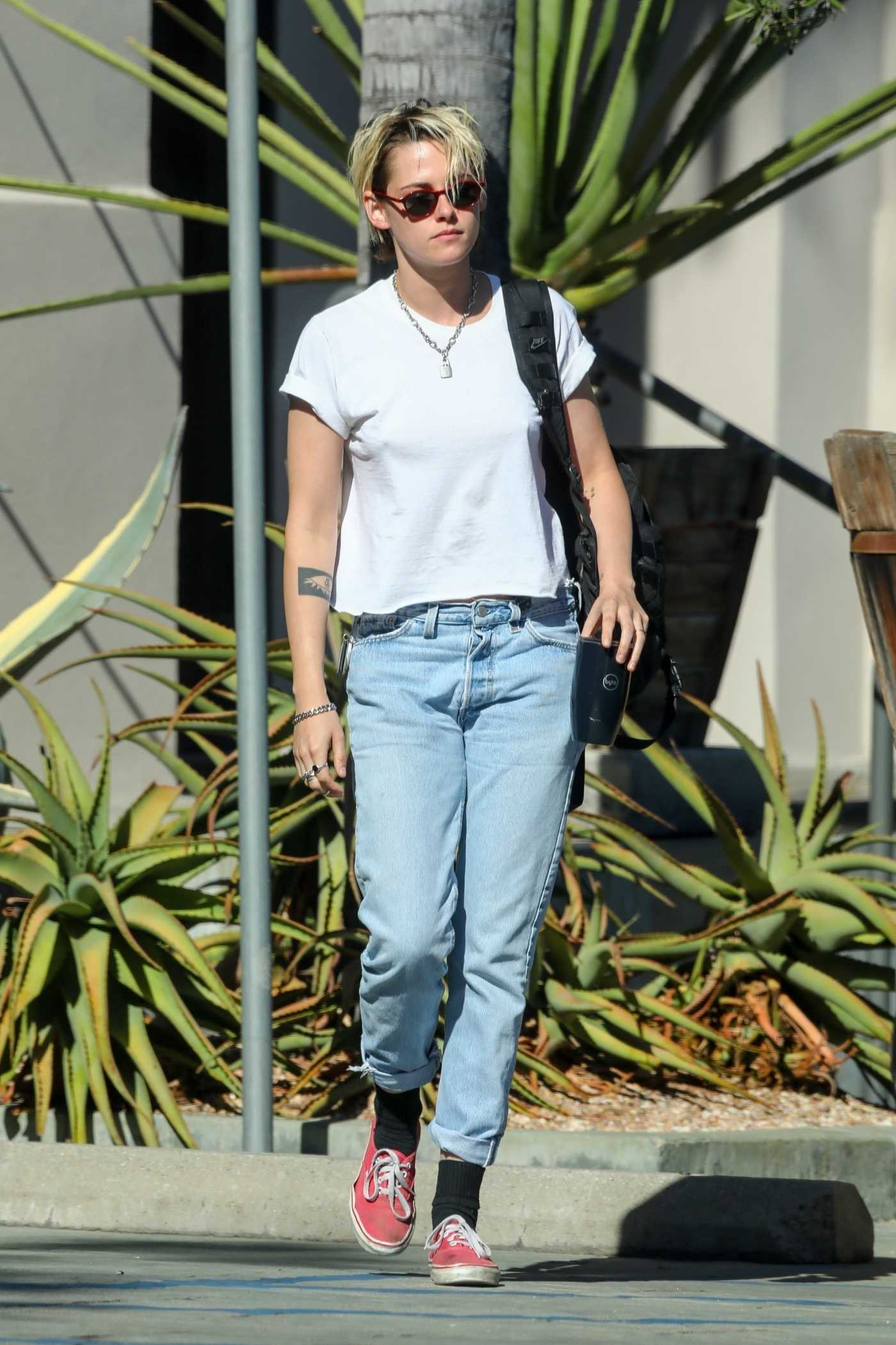 Kristen Stewart in a White Tee Was Seen Out in Los Angeles 08/21/2019