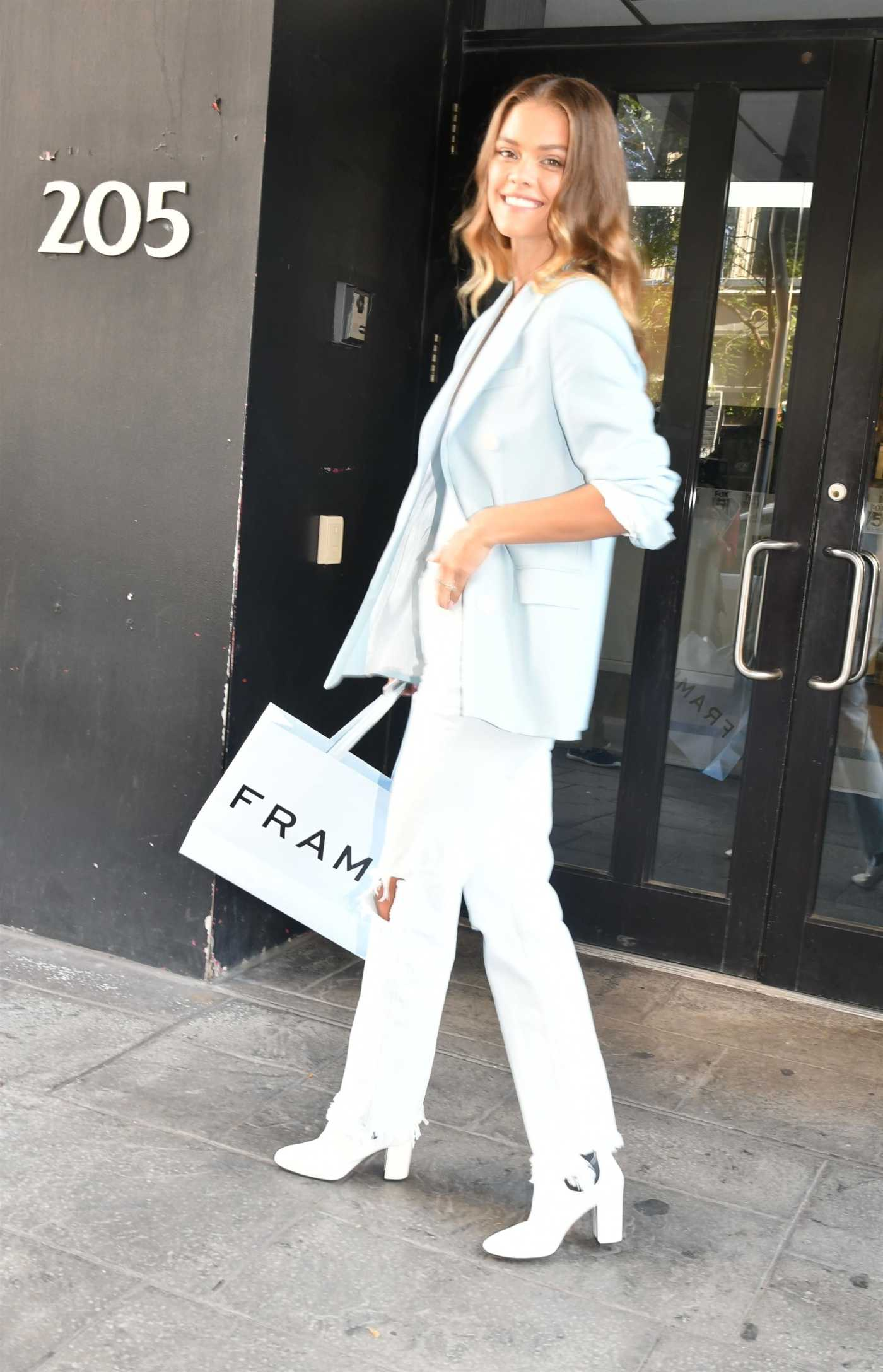 Nina Agdal in a Blue Blazer Was Seen Out in NY 08/29/2019