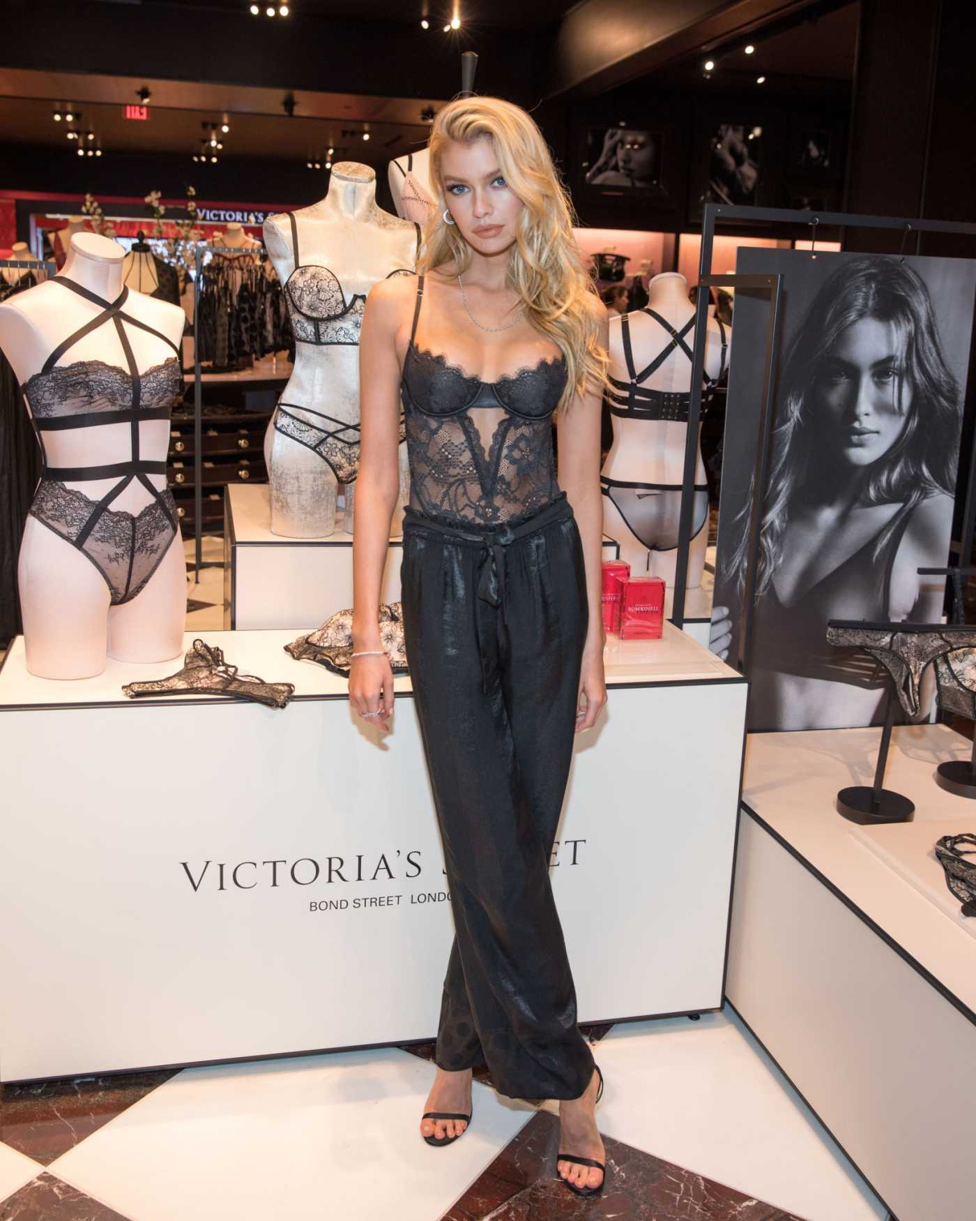 Stella Maxwell Attends the Victoria's Secret New Fall Collection at Lenox Square Mall in Atlanta 08/17/2019