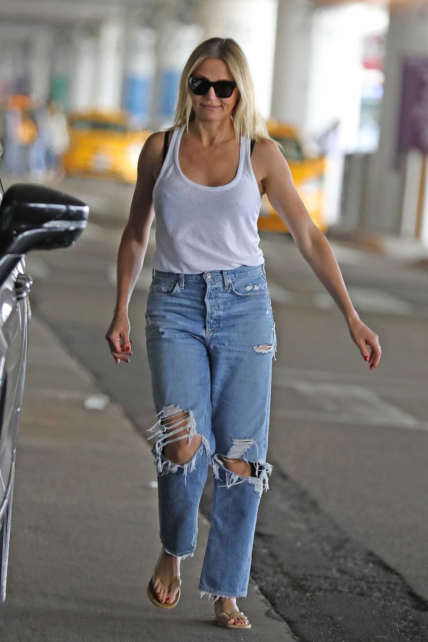 Cameron Diaz in a Blue Ripped Jeans Was Seen Out in Los Angeles 09/09/2019