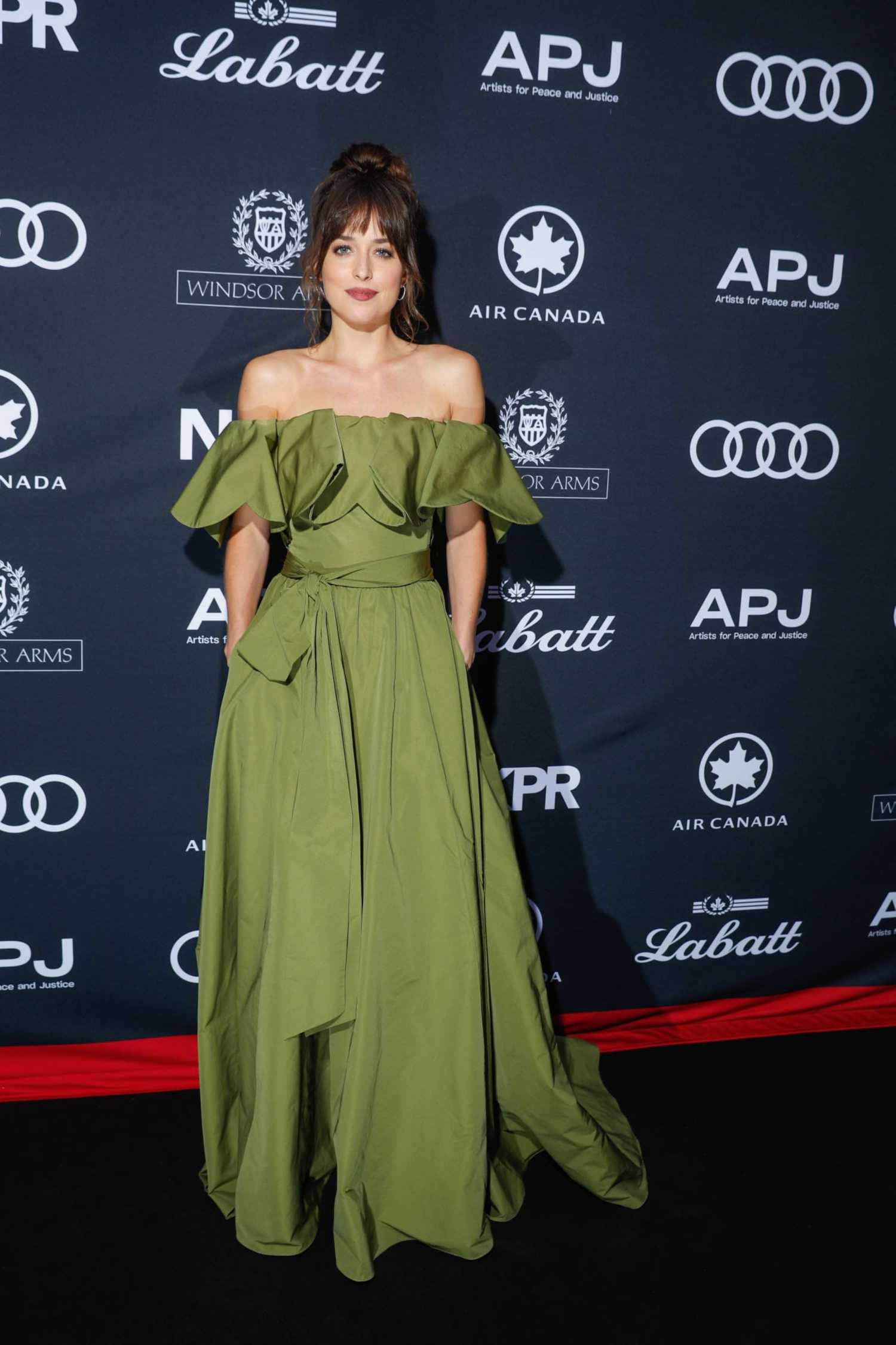 Dakota Johnson Attends Artist For Peace And Justice Festival Gala During The Toronto International Film Festival in Toronto 09/07/2019