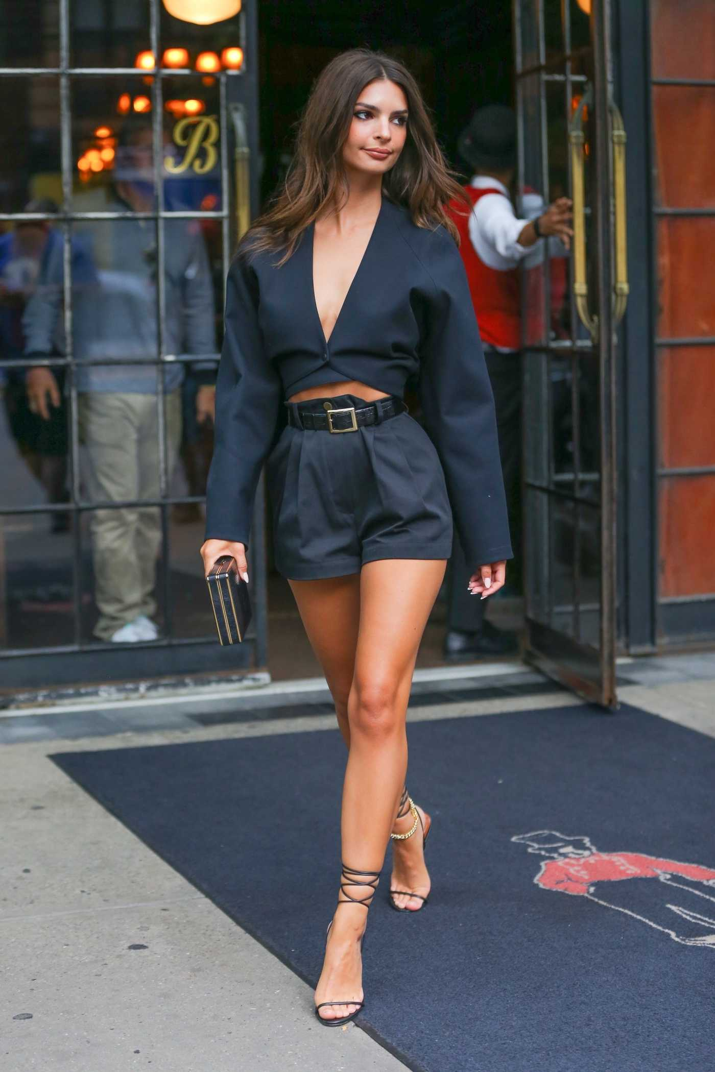 Emily Ratajkowski in a Black Suit Leaves Her Hotel in New York 09/05/2019