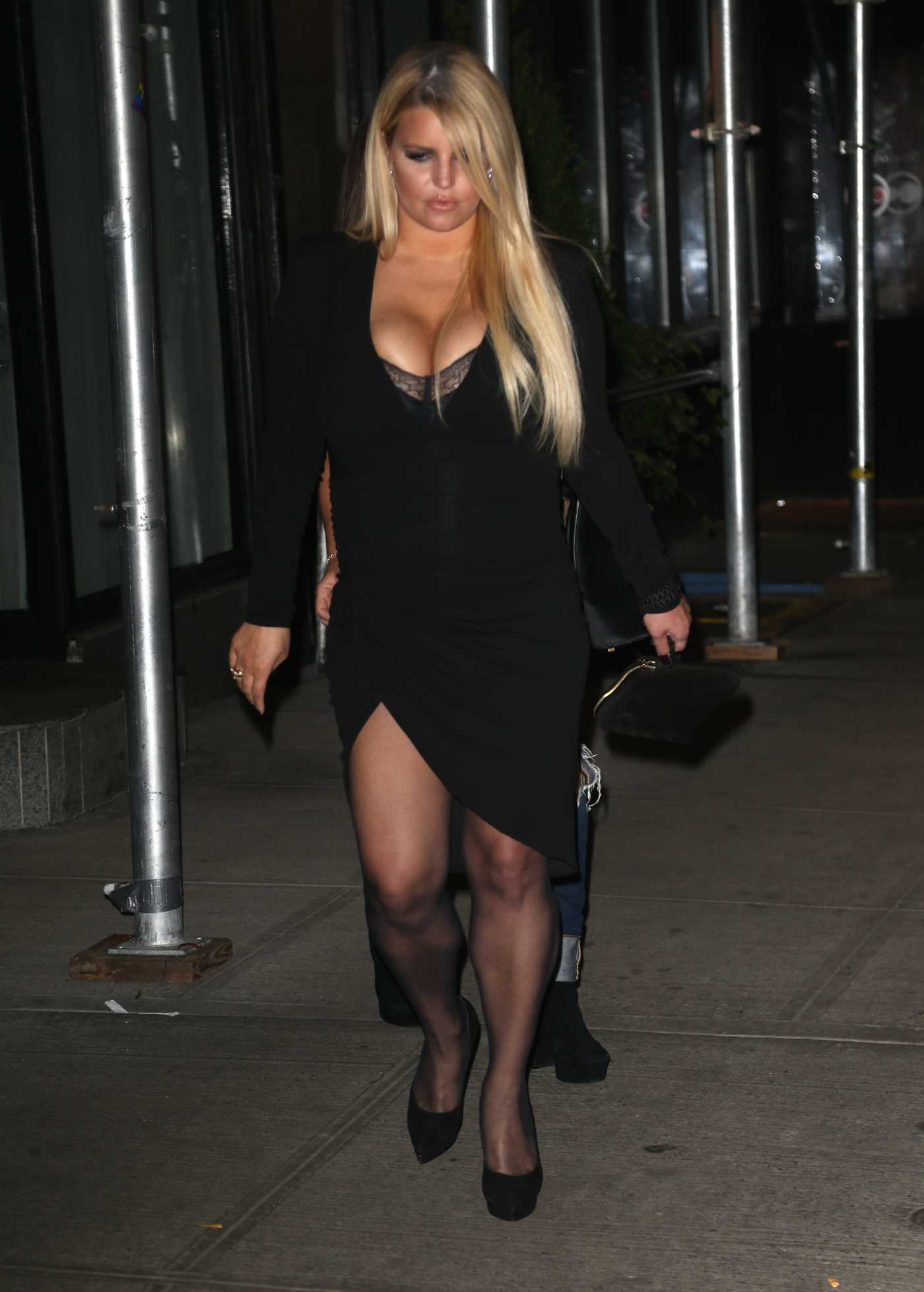 Jessica Simpson in a Black Dress Night Out in New York 09/25/2019