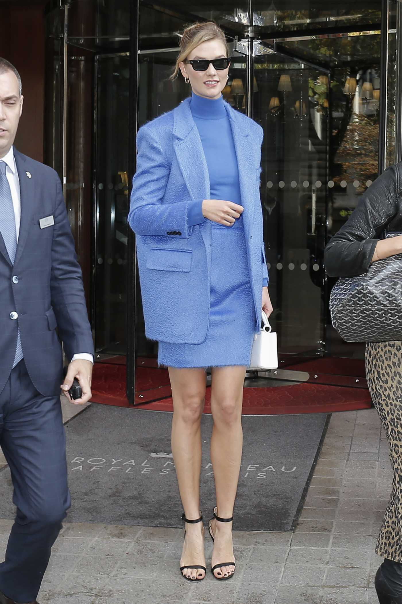 Karlie Kloss in a Blue Suit Leaves Her Hotel in Paris 09/24/2019