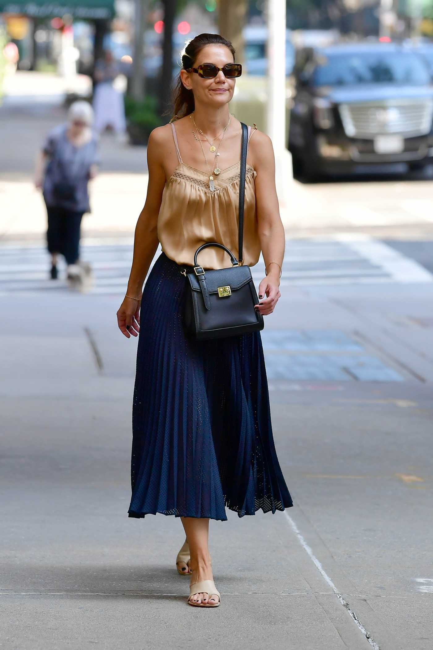 Katie Holmes in a Beige Blouse Was Seen Out in New York 09/23/2019