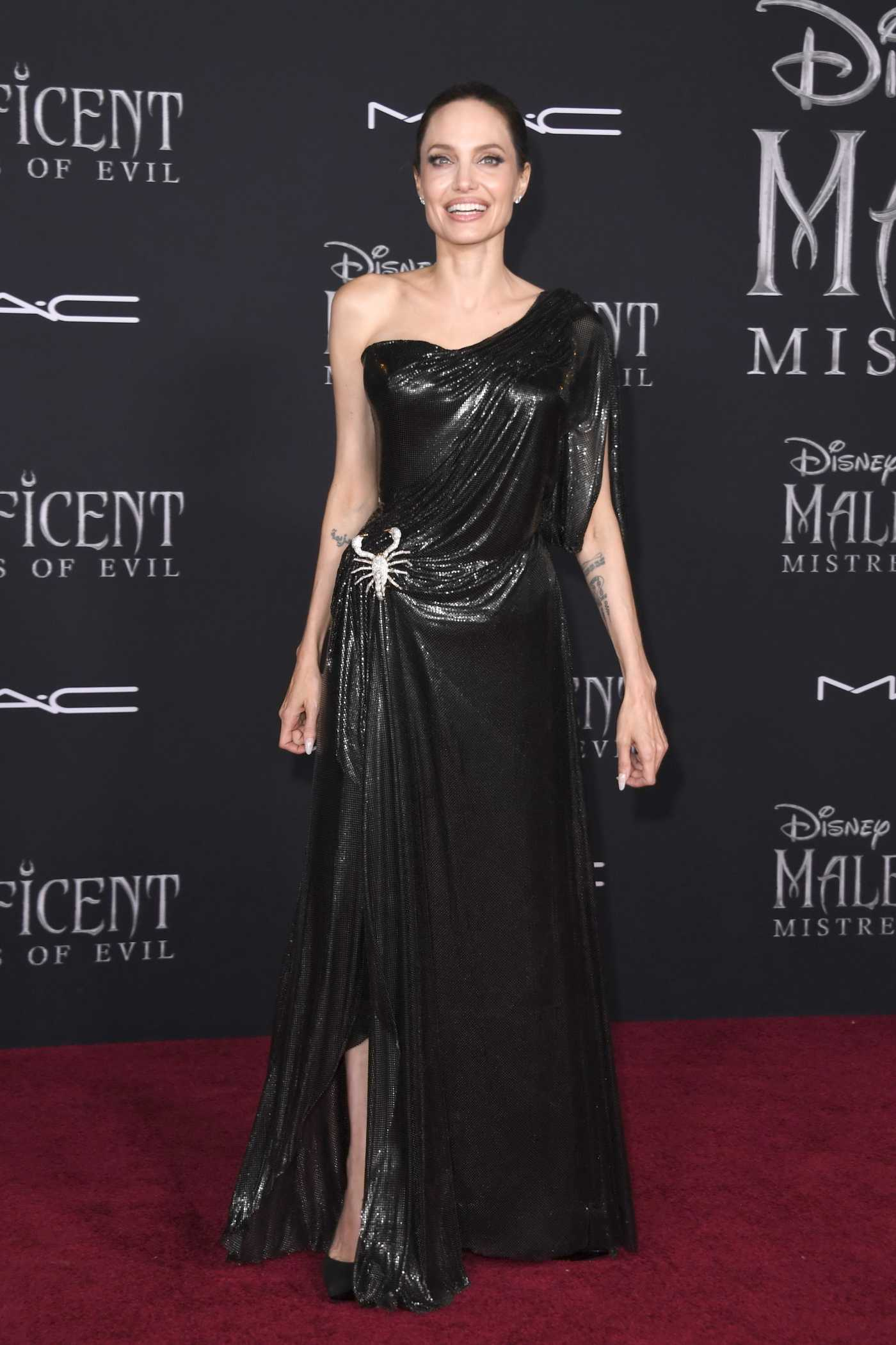 Angelina Jolie Attends the Maleficent: Mistress of Evil Premiere at El Capitan Theatre in Los Angeles 09/30/2019