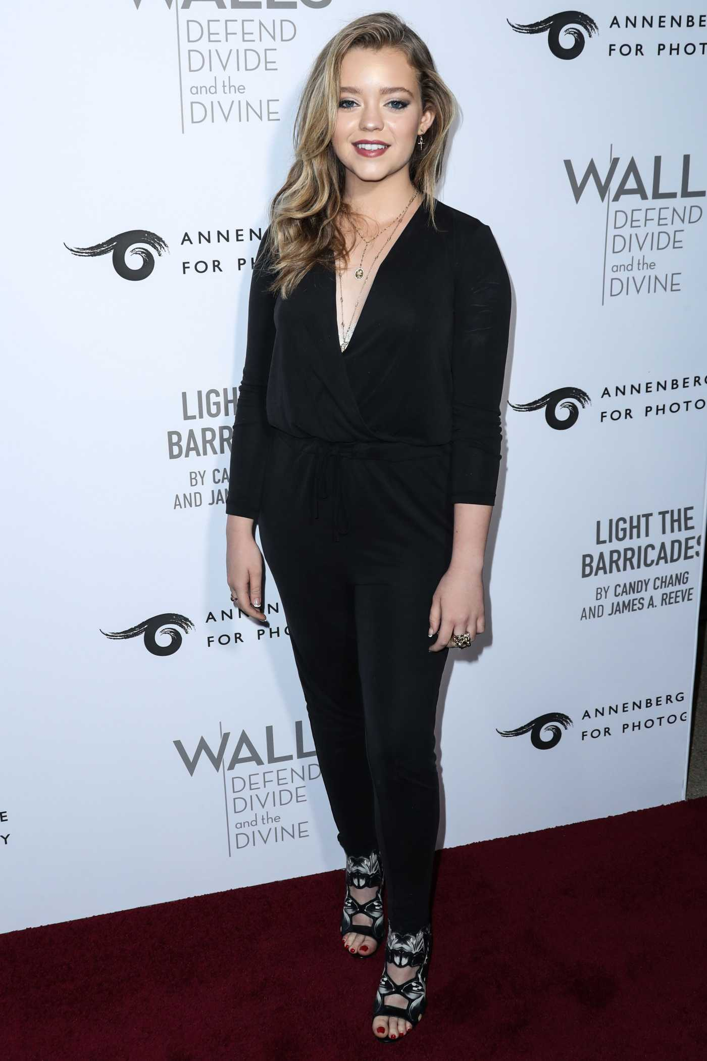 Jade Pettyjohn Attends the Annenberg Space for Photography Exhibit Opening in Century City 10/03/2019