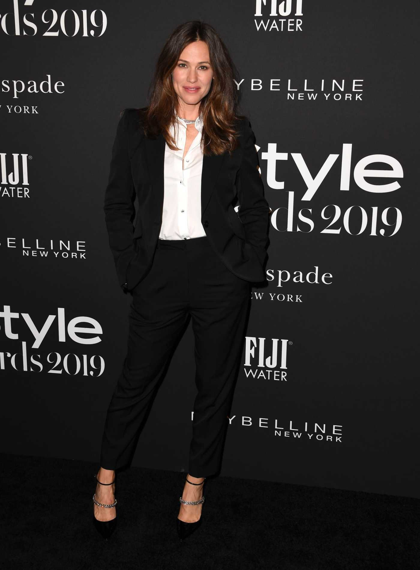 Jennifer Garner Attends the 5th Annual InStyle Awards in Los Angeles 10/21/2019