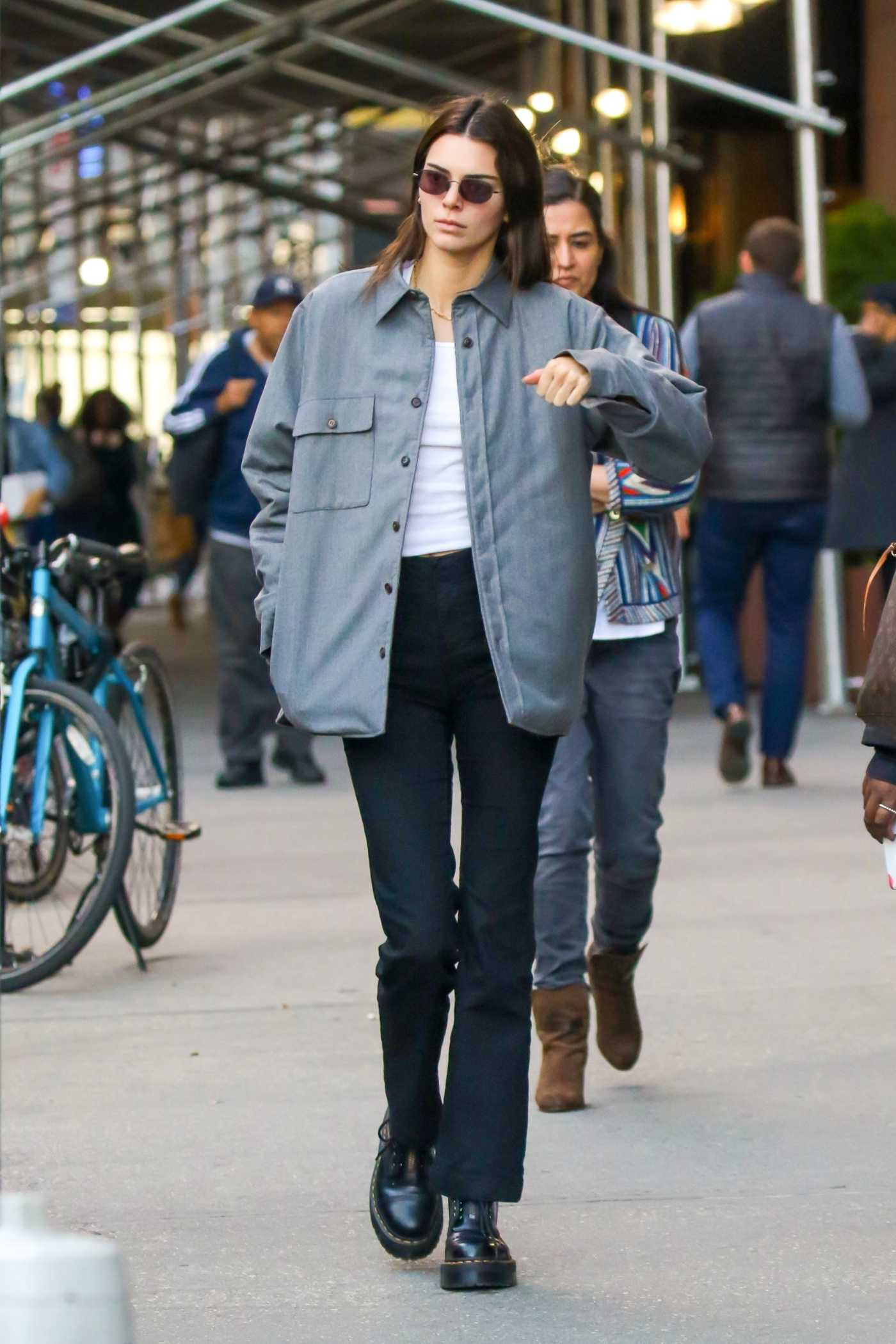 Kendall Jenner in a Gray Jacket Was Seen Out in New York 10/18/2019