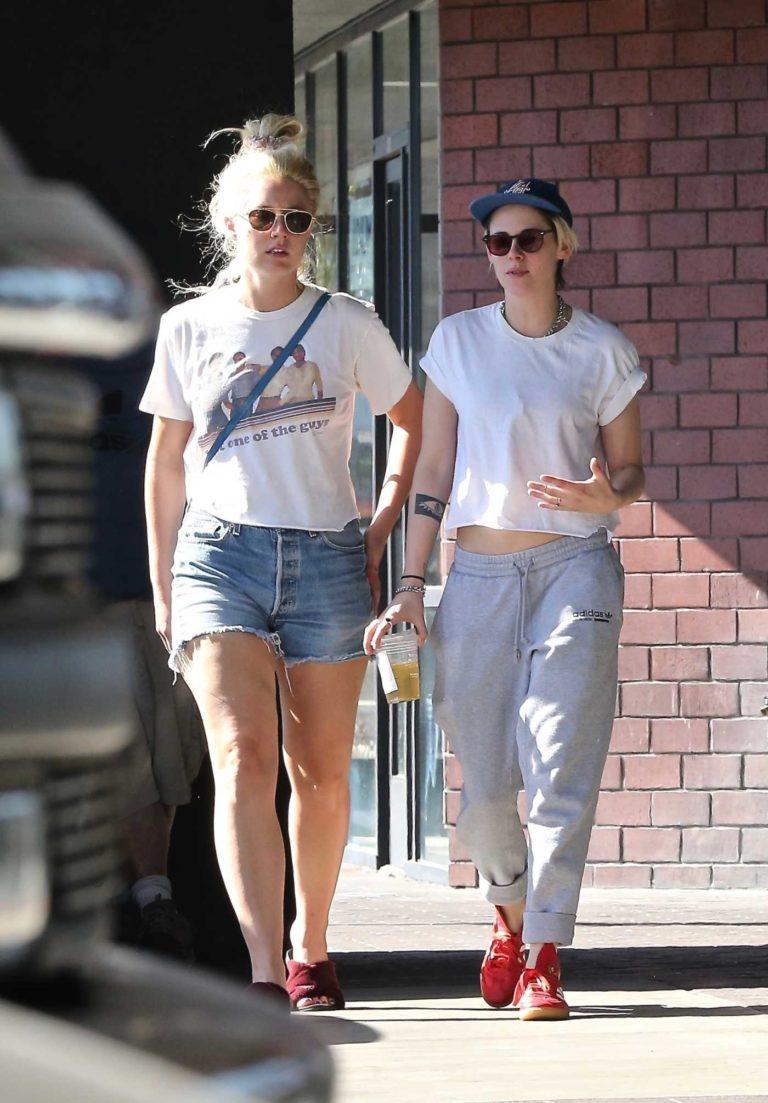 Kristen Stewart in a Gray Adidas Sweatpants