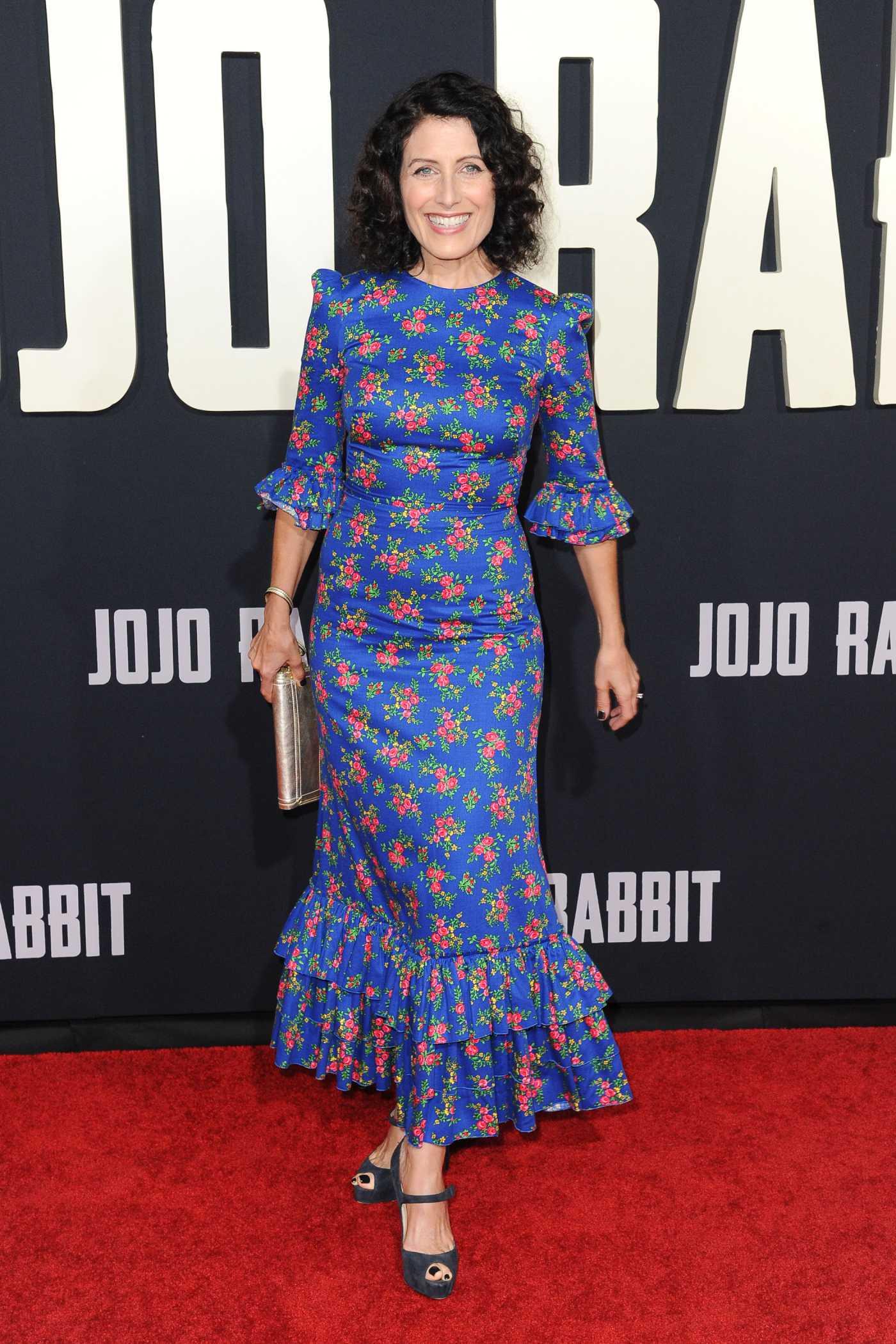 Lisa Edelstein Attends Jojo Rabbit Premiere in Los Angeles 10/15/2019