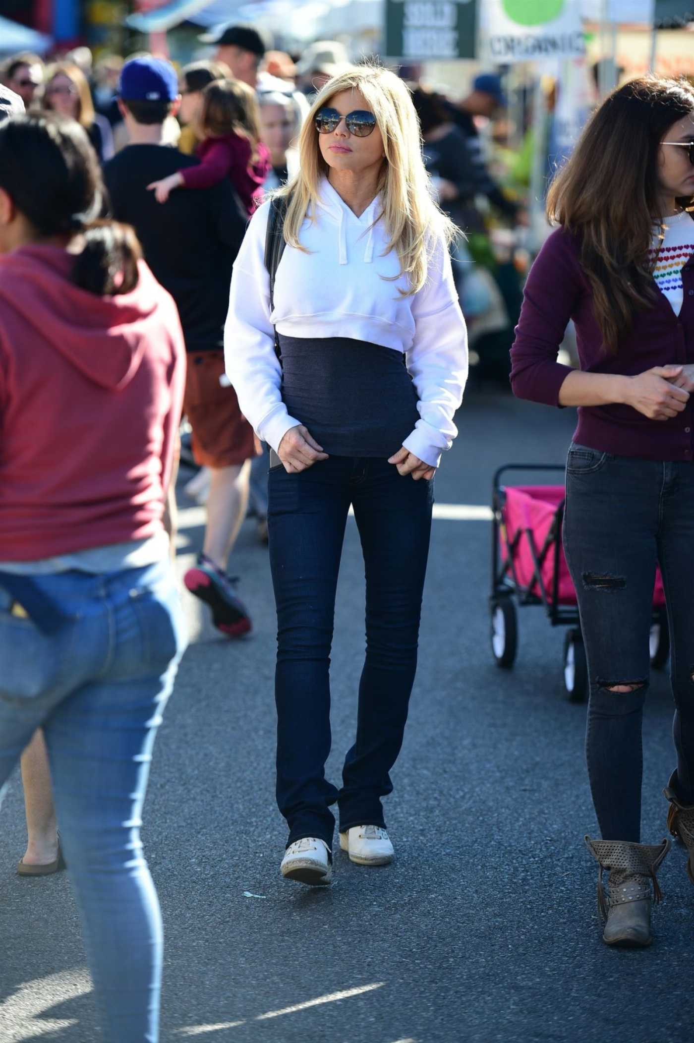 Donna D'Errico Arrives at Farmer's Market in Studio City 11/24/2019
