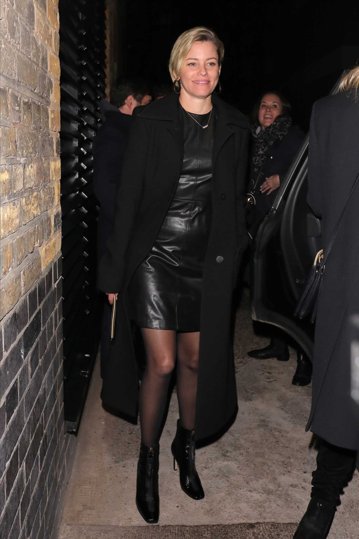 Elizabeth Banks in a Black Coat Leaves the Chiltern Firehouse in London 11/19/2019