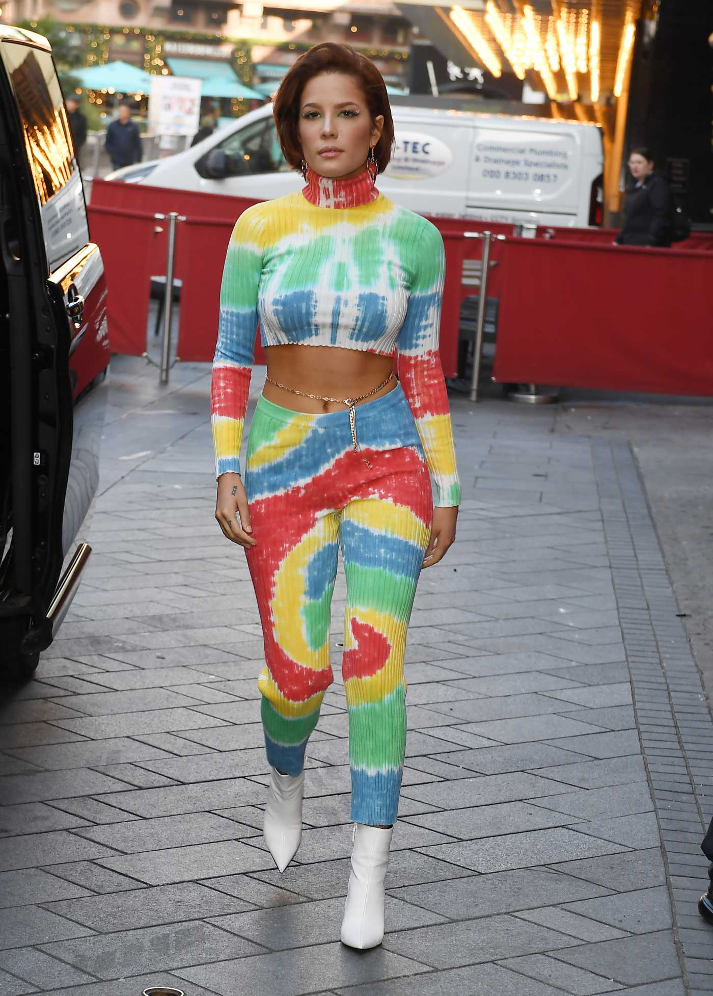Halsey Arrives at Capital Breakfast at Global House in London 11/08/2019