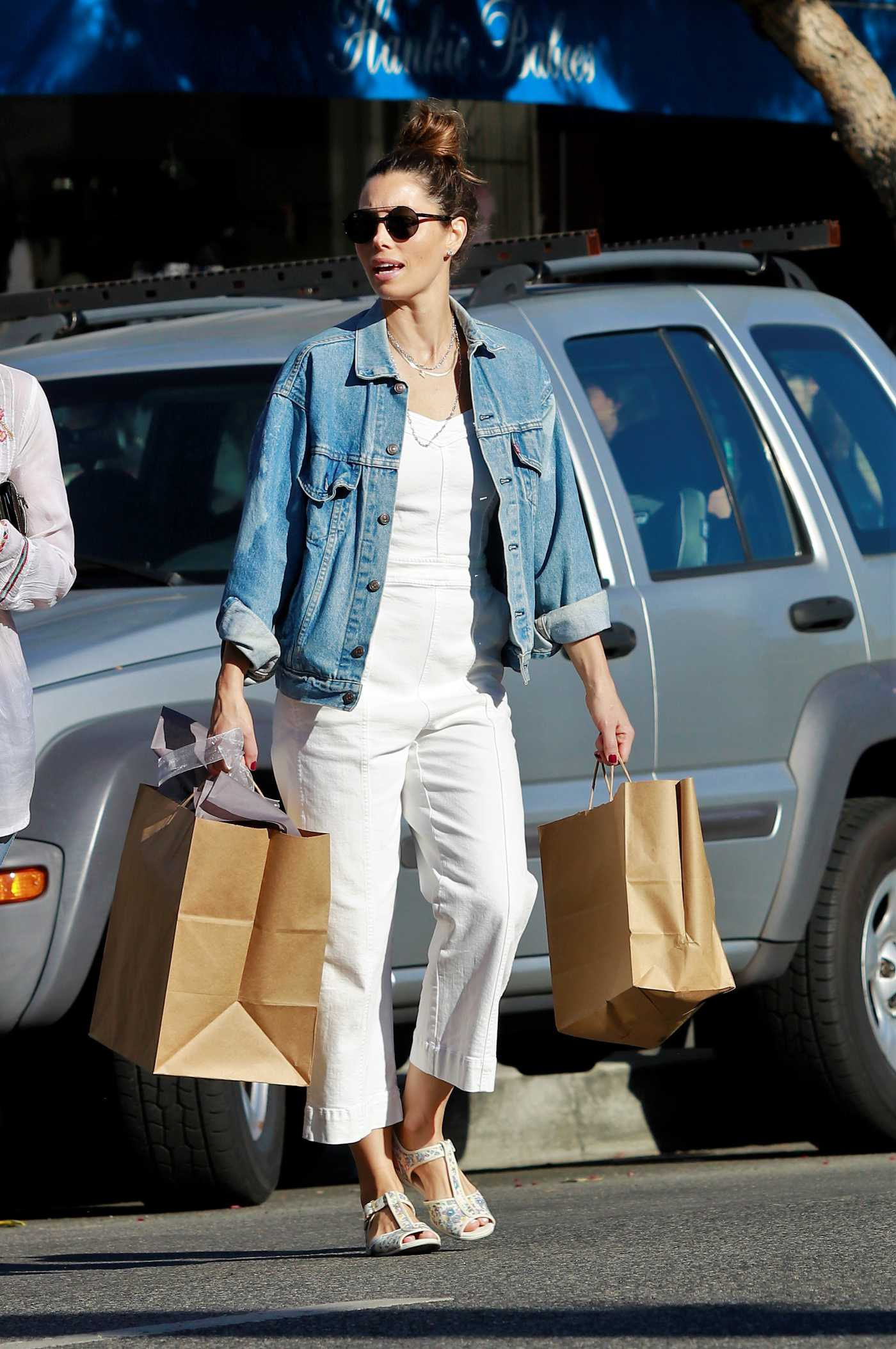 Jessica Biel in a White Jumpsuit Goes Shopping Out with Her Mom in Los Angeles 10/26/2019