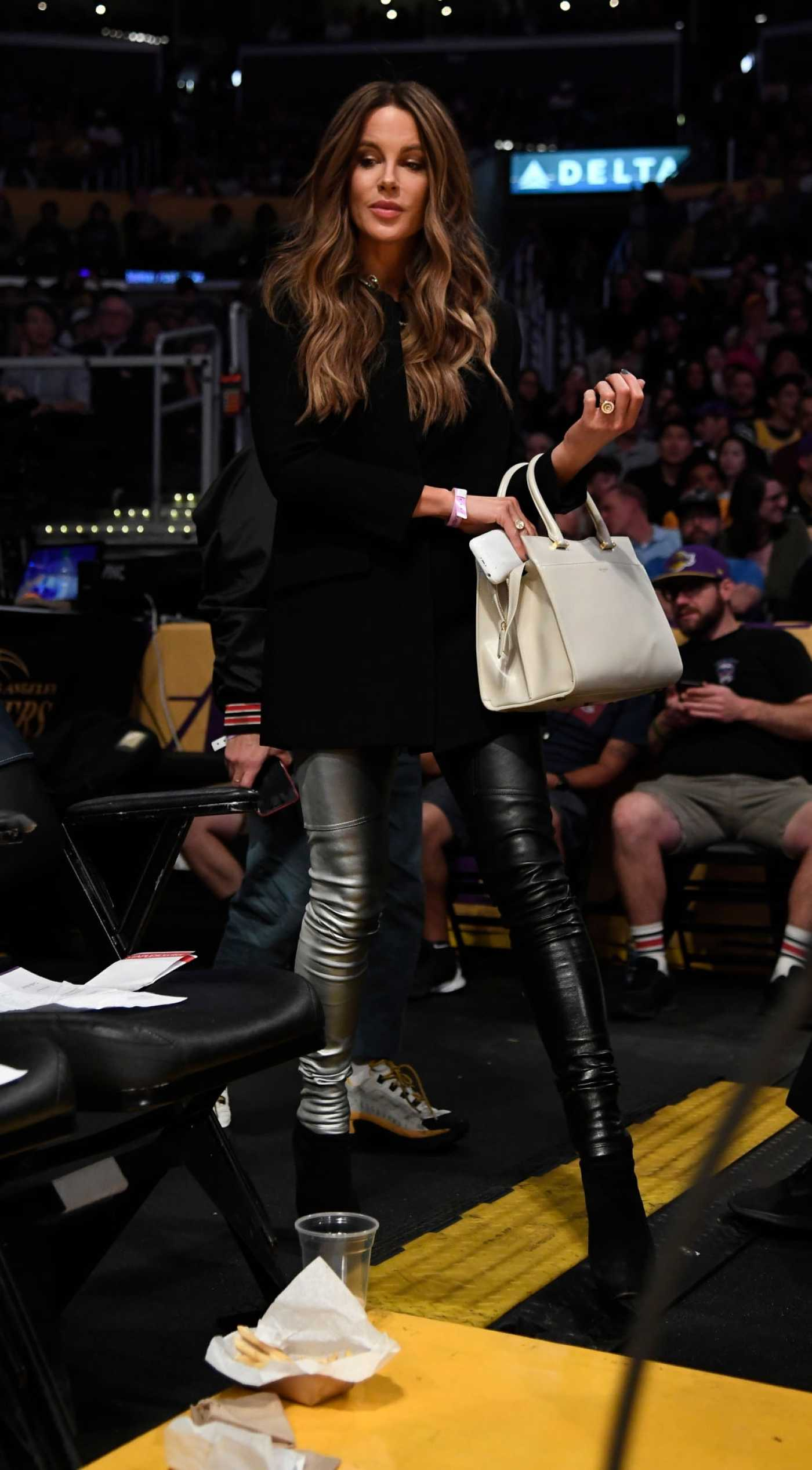 Kate Beckinsale Attends the Game Between Miami Heat and Los Angeles Lakers at Staples Center in Los Angeles 11/08/2019