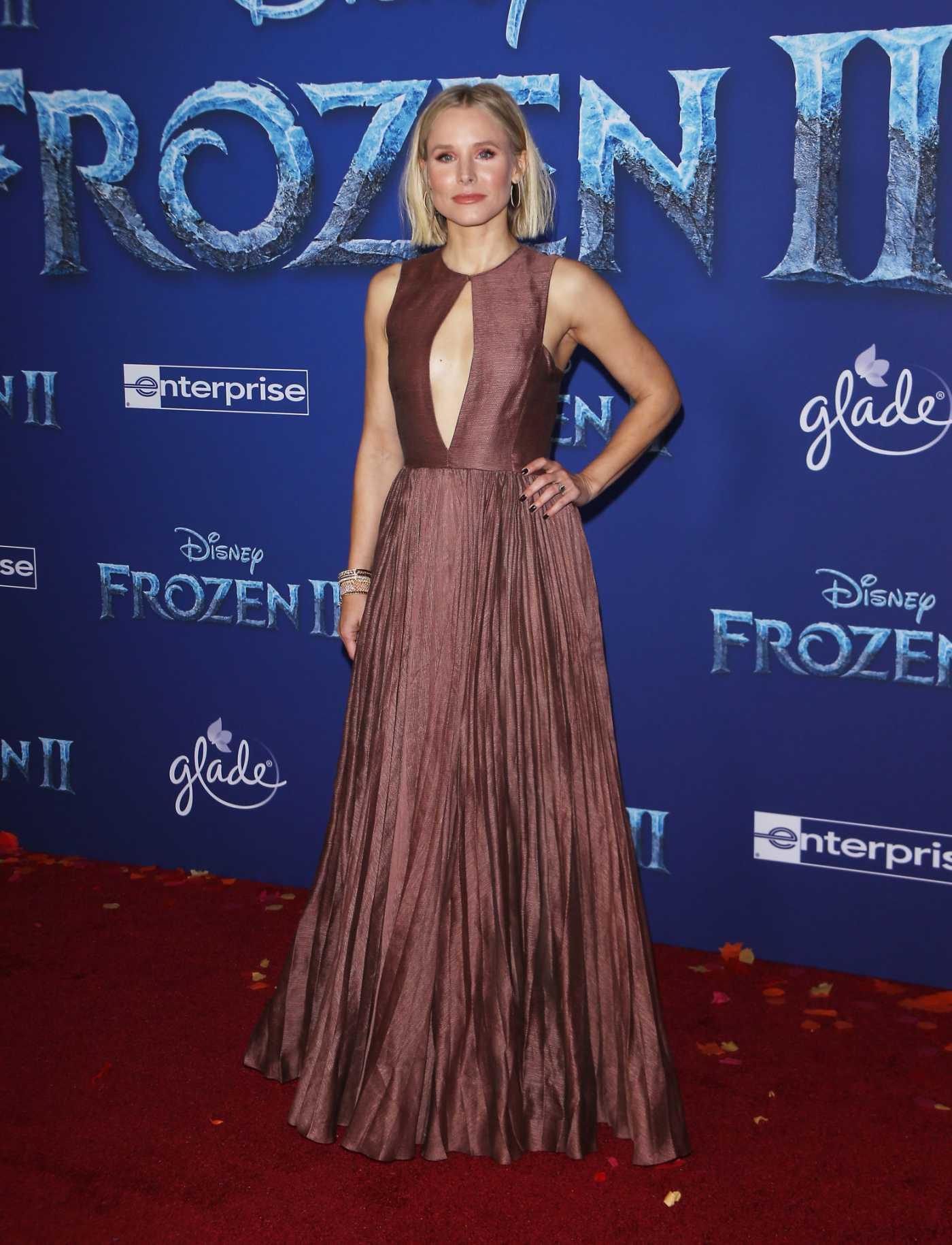 Kristen Bell Attends the Frozen 2 Premiere in Hollywood 11/07/2019