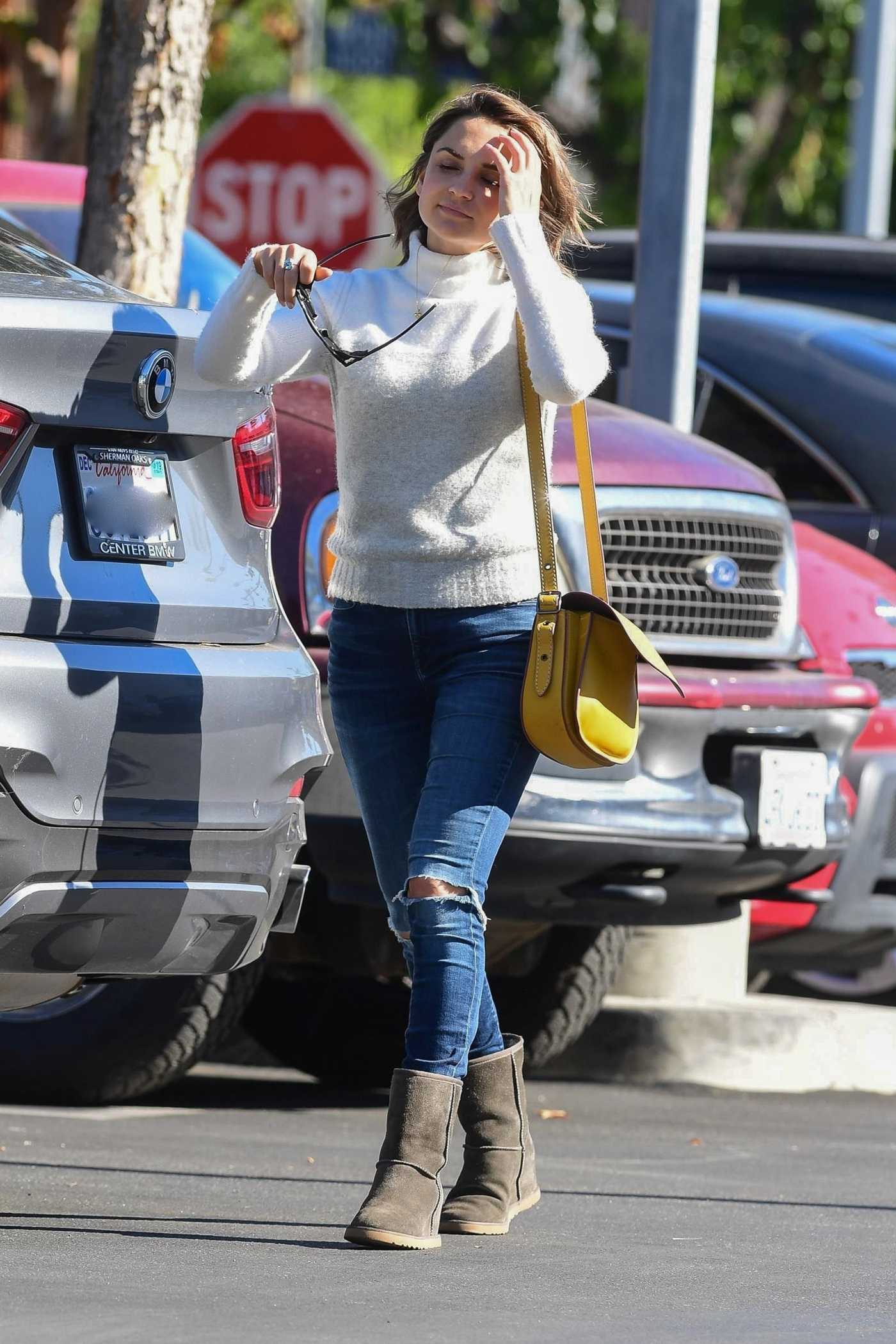 Rachael Leigh Cook in a White Sweater Was Seen Out in Studio City 11/23/2019