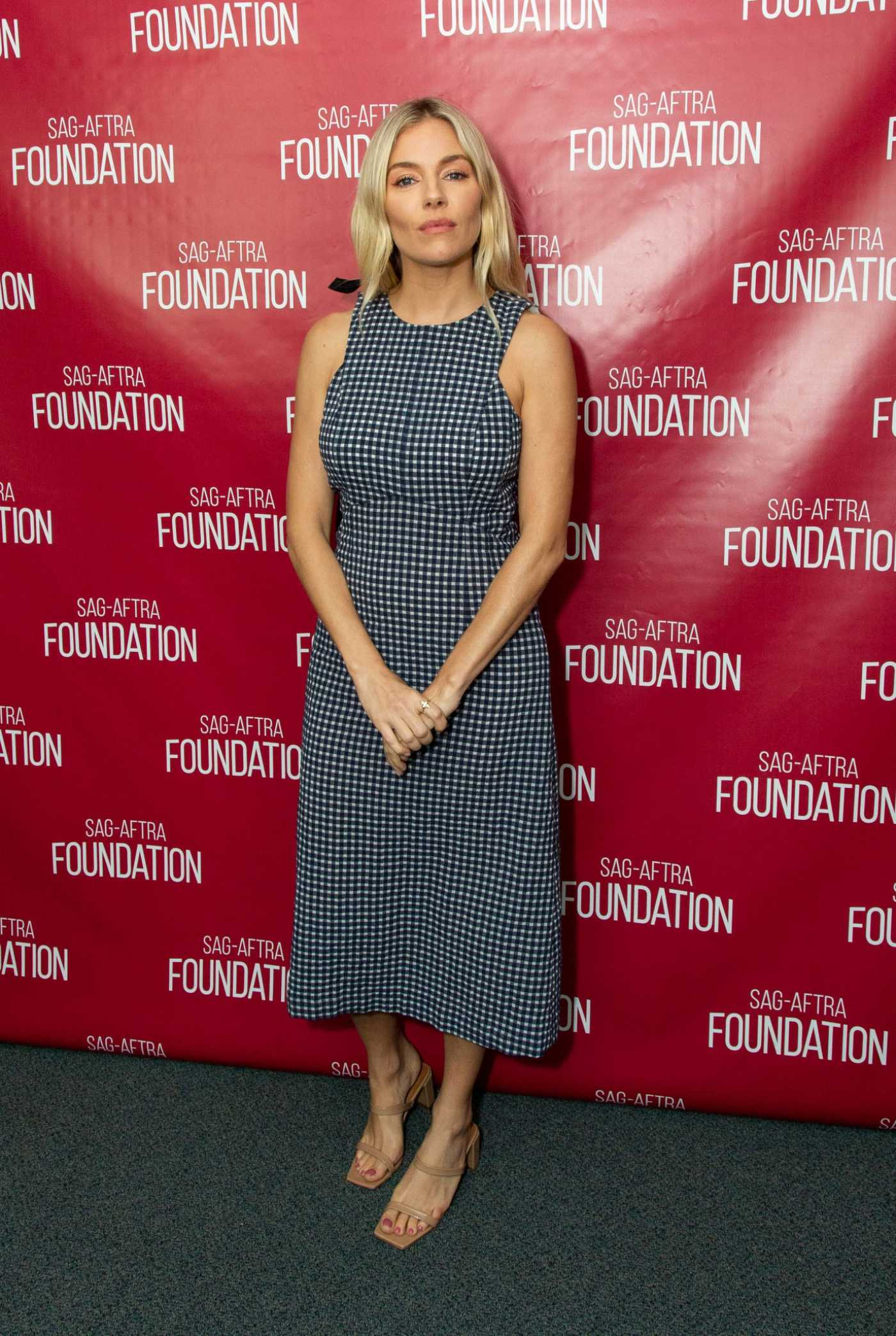 Sienna Miller Attends SAG-Aftra Foundation Conversations with American Woman in Los Angeles 11/08/2019