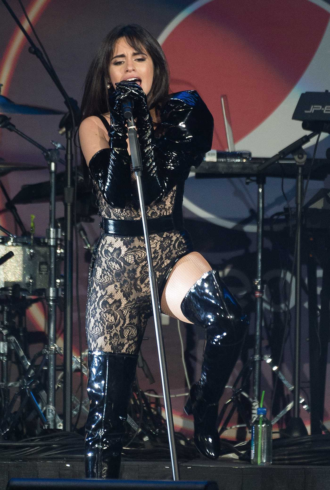 Camila Cabello Performs During B96 Jingle Bash at the Allstate Arena in Chicago 12/07/2019