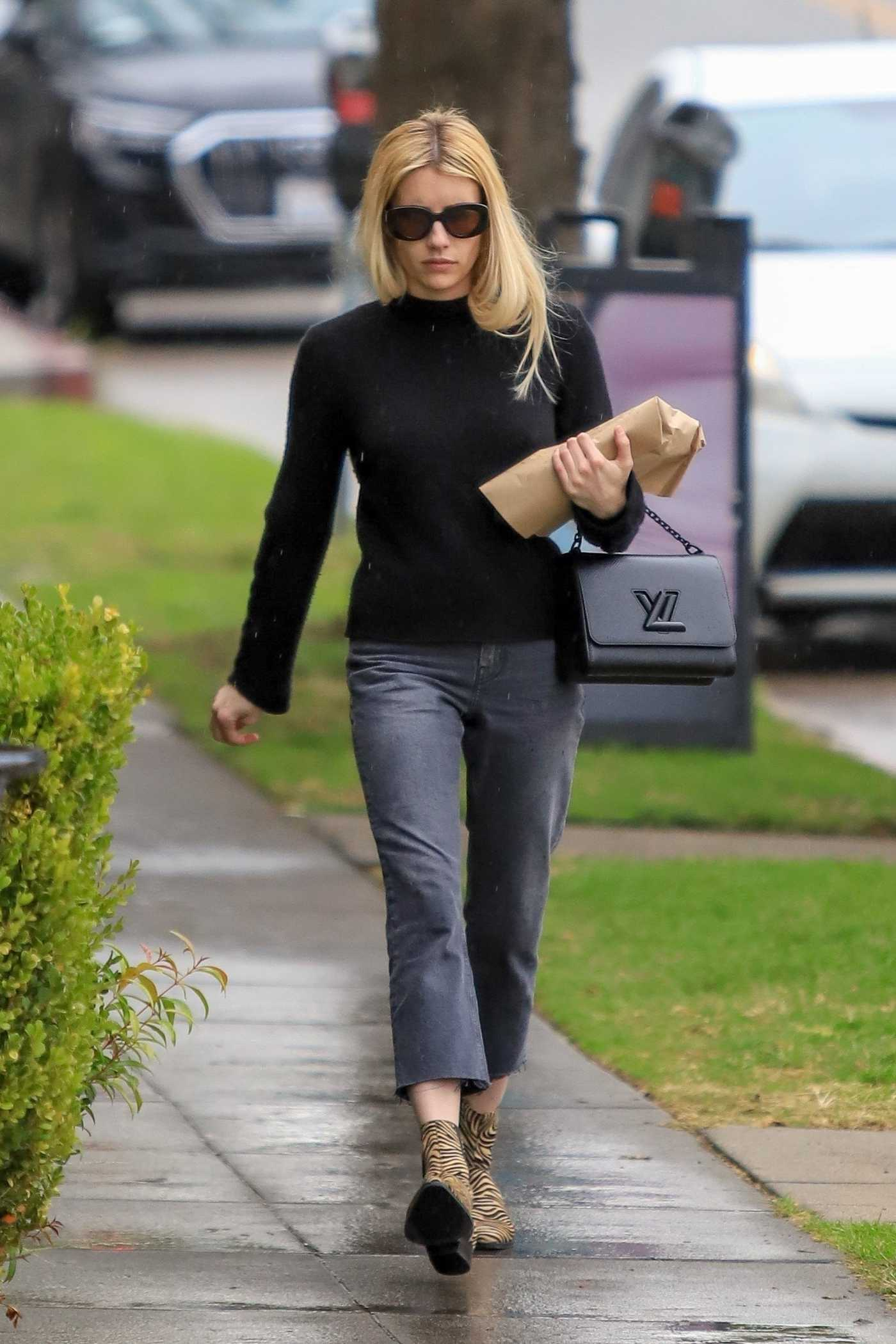 Emma Roberts in a Black Sweater Was Seen Out in Los Angeles 12/06/2019