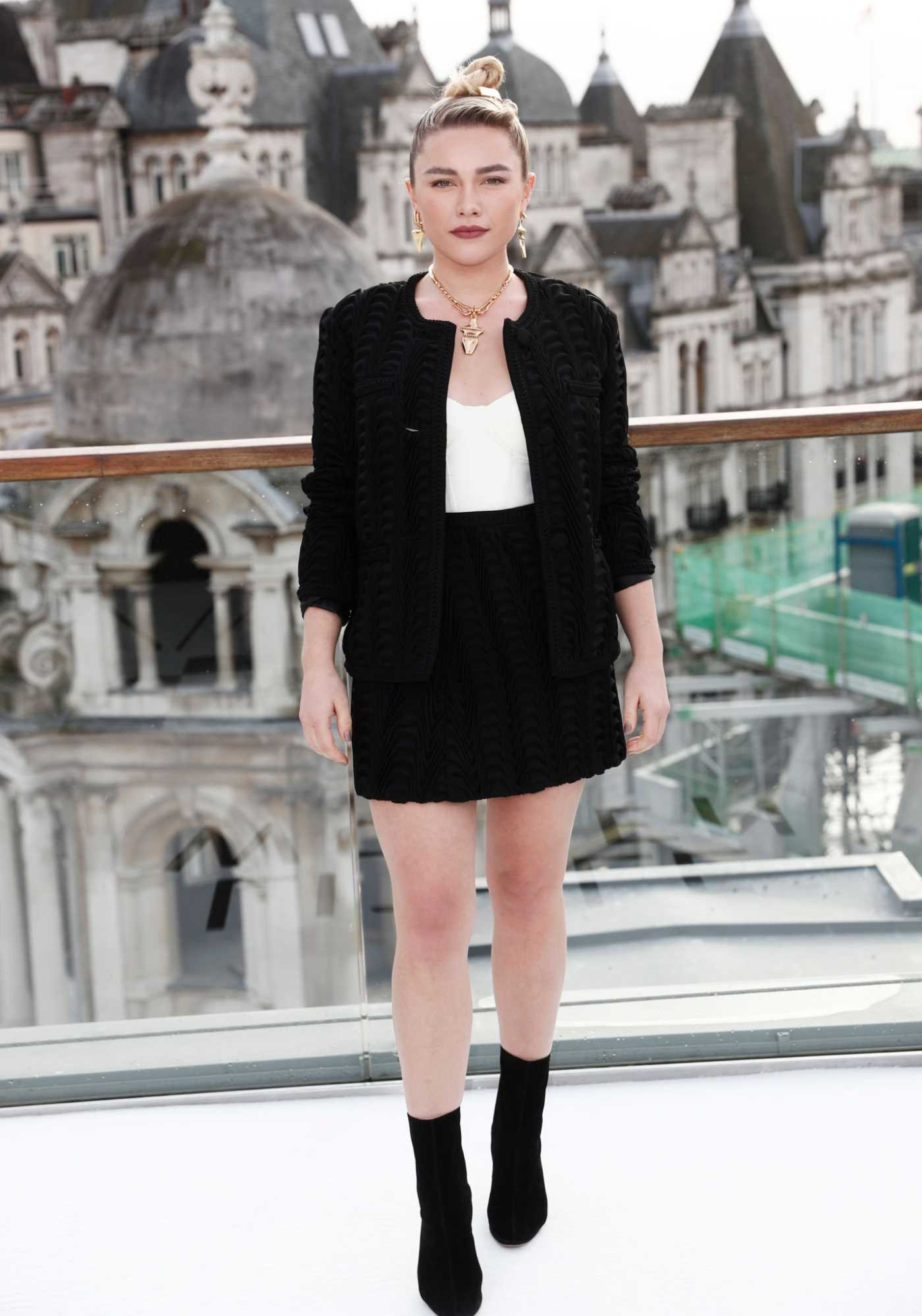 Florence Pugh Attends the Liittle Women Premiere in Paris 12/12/2019
