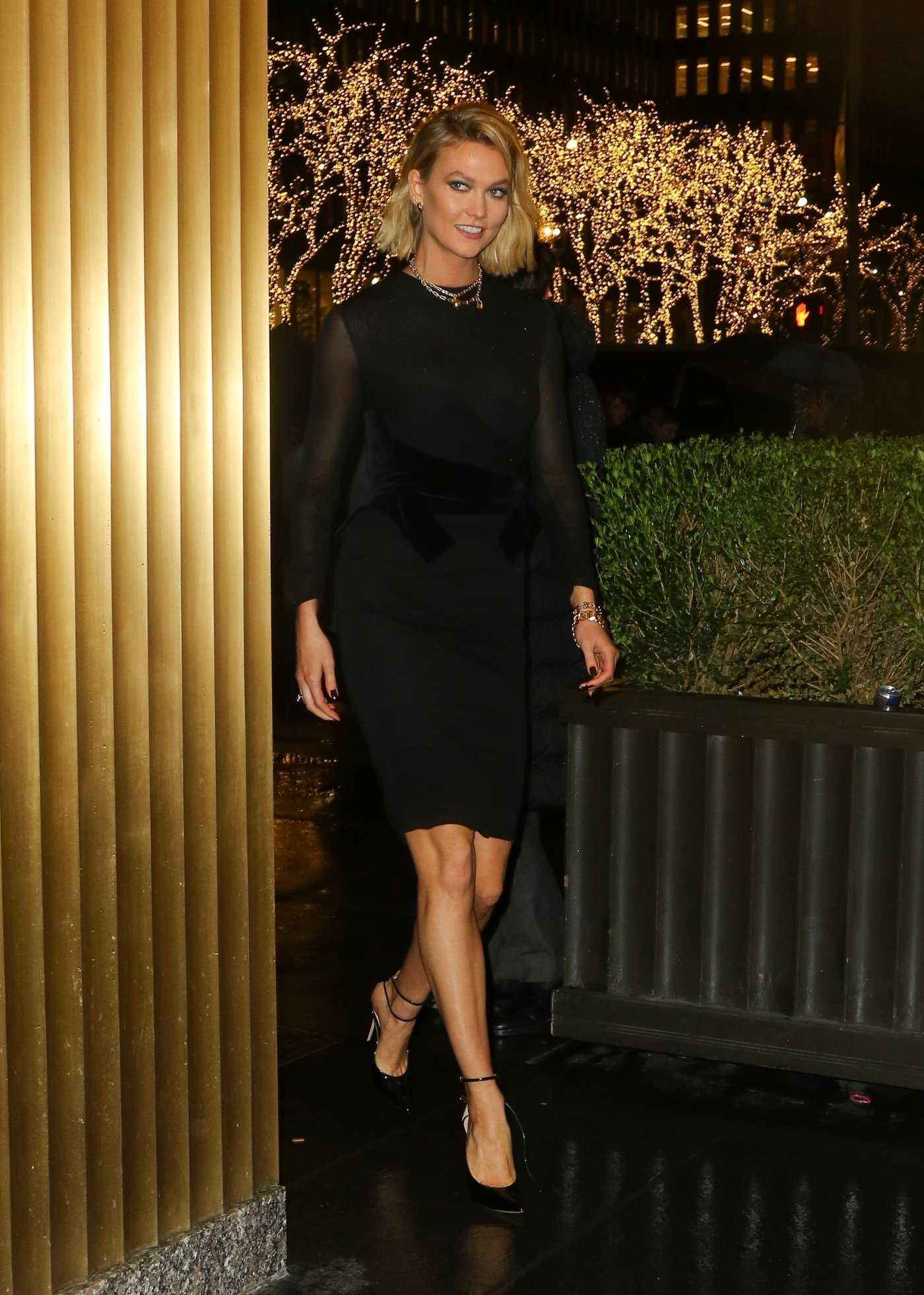 Karlie Kloss in a Black Dress Arrives at The Tonight Show Starring Jimmy Fallon at NBS Studios in New York 12/02/2019