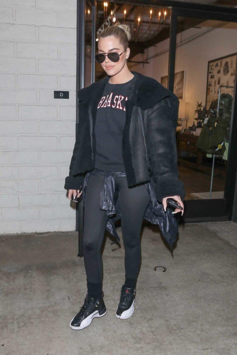 Khloe Kardashian in a Black Leggings