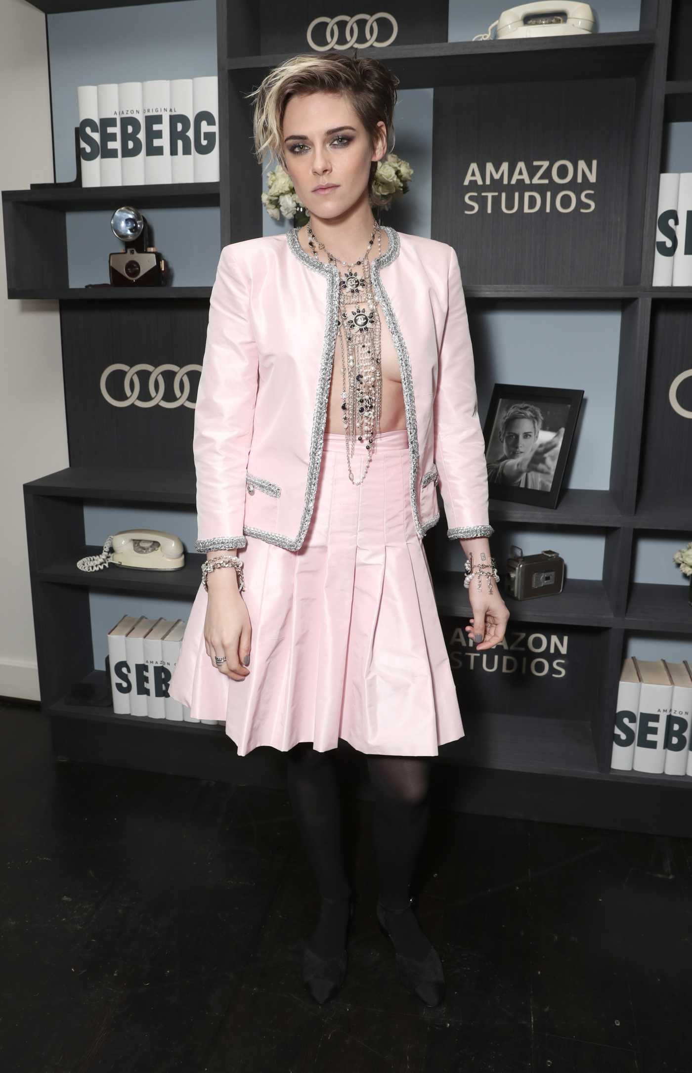 Kristen Stewart Attends Amazon Studios Seberg'Special Screening in Los Angeles 12/10/2019