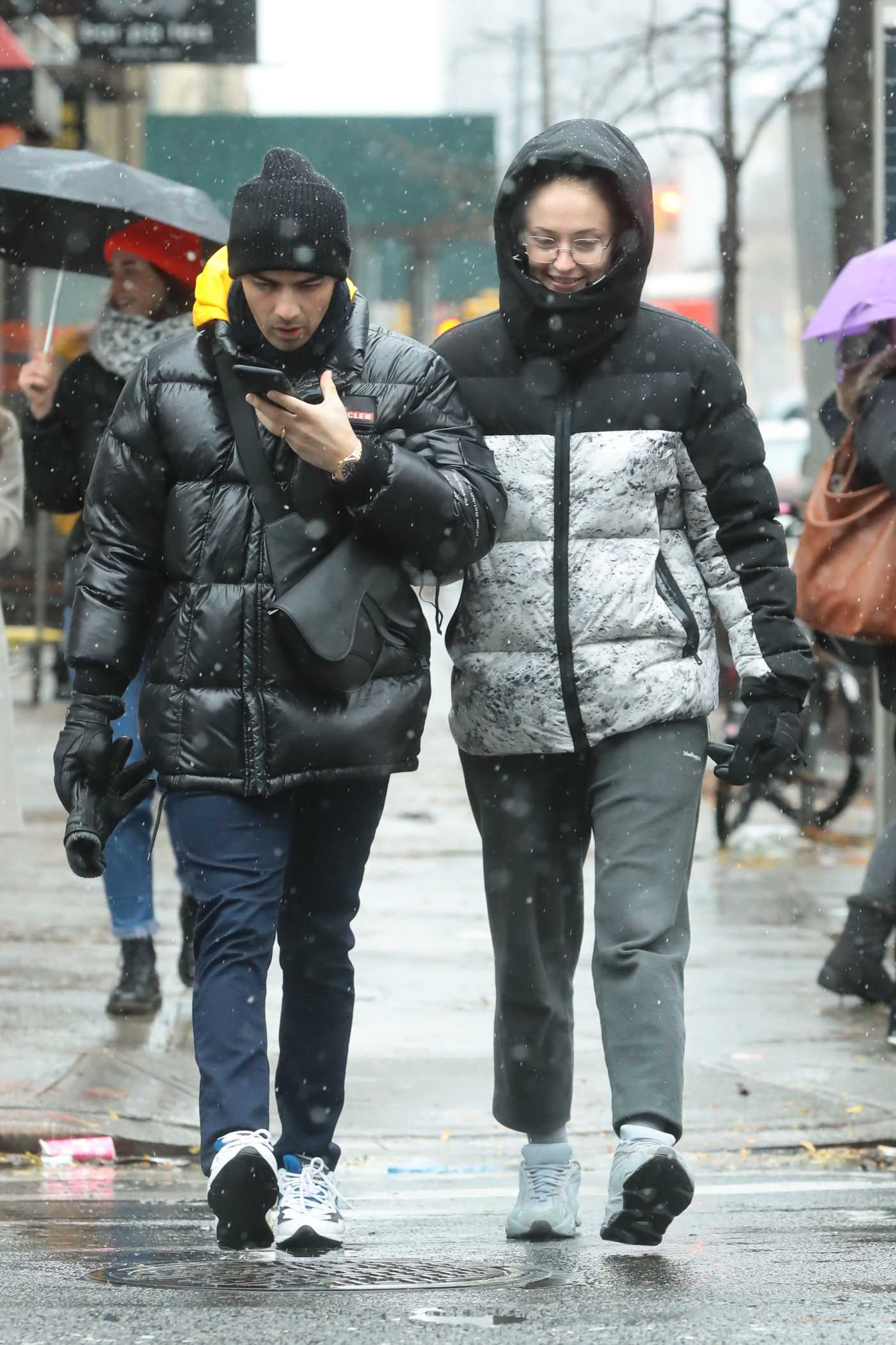 Sophie Turner in a Gray Sweatpants Was Seen Out with Joe Jonas in New York 12/02/2019