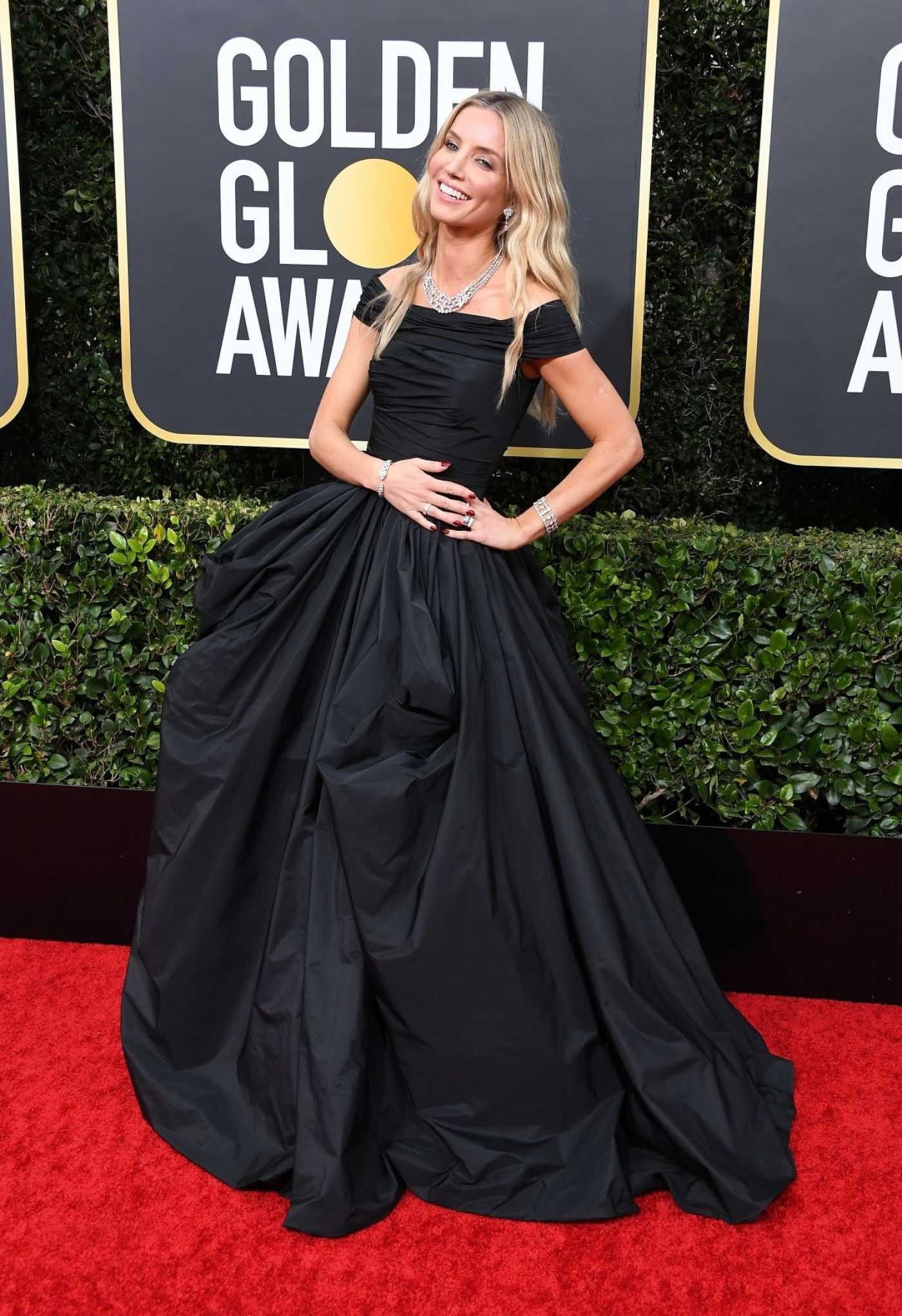 Annabelle Wallis Attends the 77th Annual Golden Globe Awards at the Beverly Hilton Hotel in Beverly Hills 01/05/2020