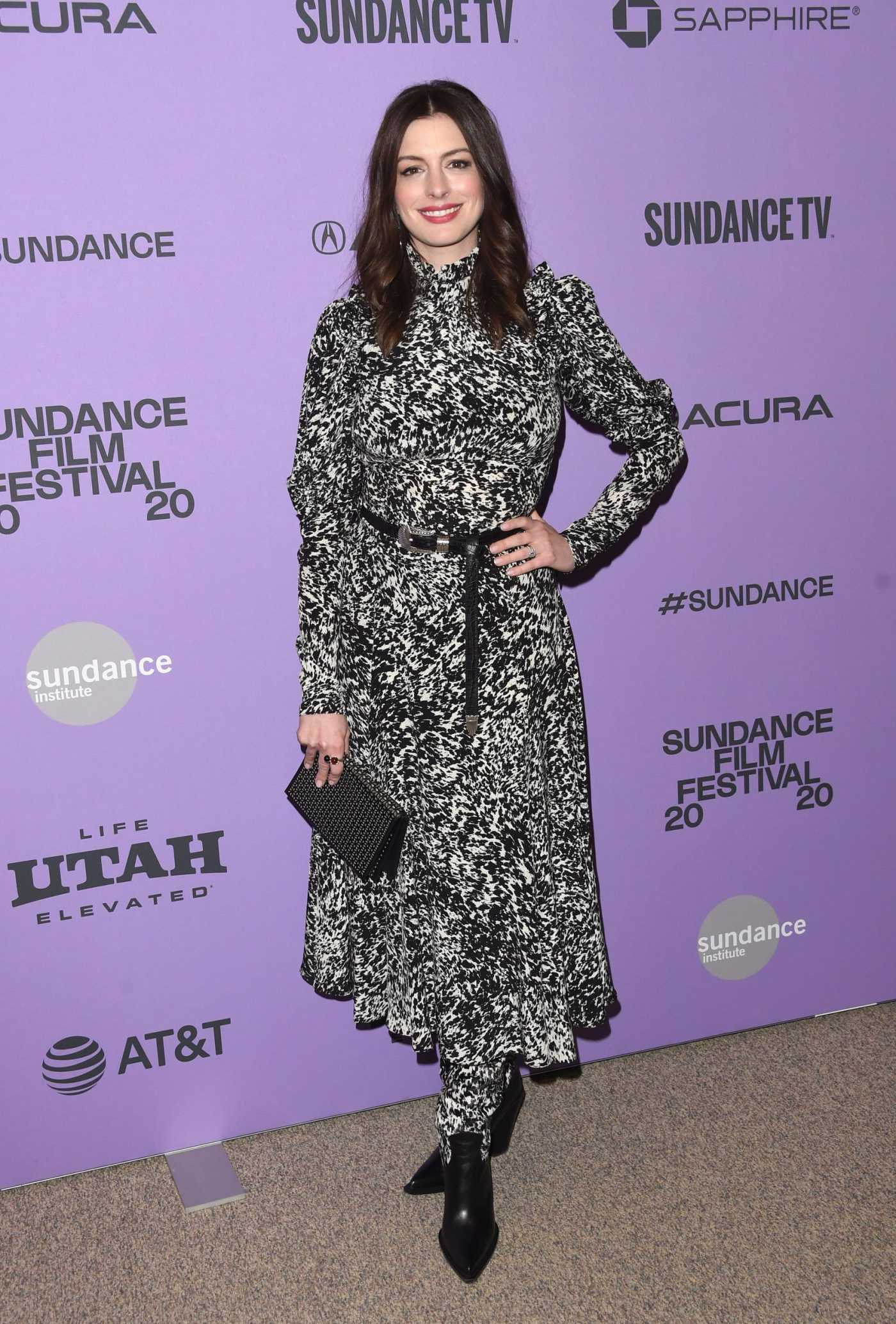 Anne Hathaway Attends The Last Thing He Wanted Premiere During 2020 Sundance Film Festival in Park City 01/27/2020