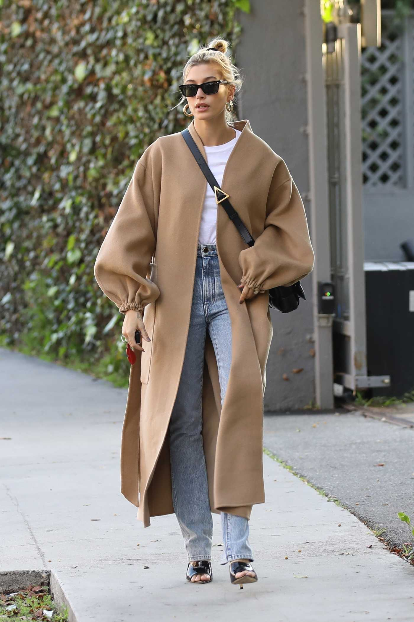 Hailey Baldwin in a Beige Coat Was Seen Out in West Hollywood 01/17/2020