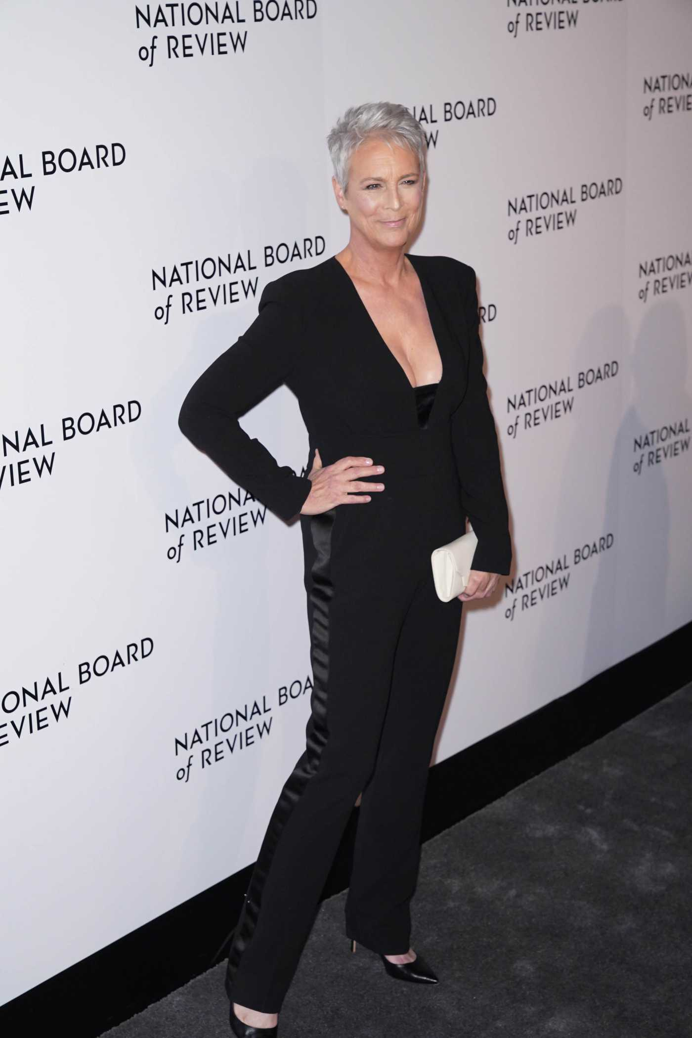 Jamie Lee Curtis Attends 2020 National Board of Review Gala at Cipriani 42nd Street in New York 01/08/2020