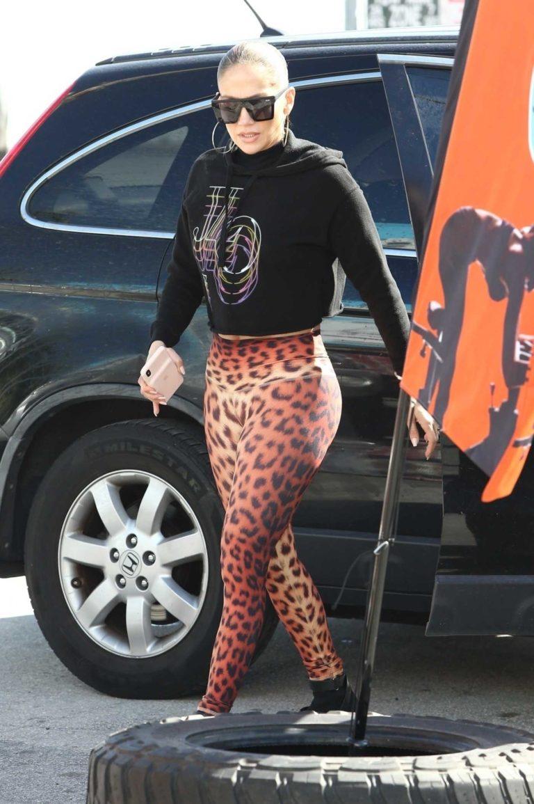 Jennifer Lopez in a Leopard Print Leggings