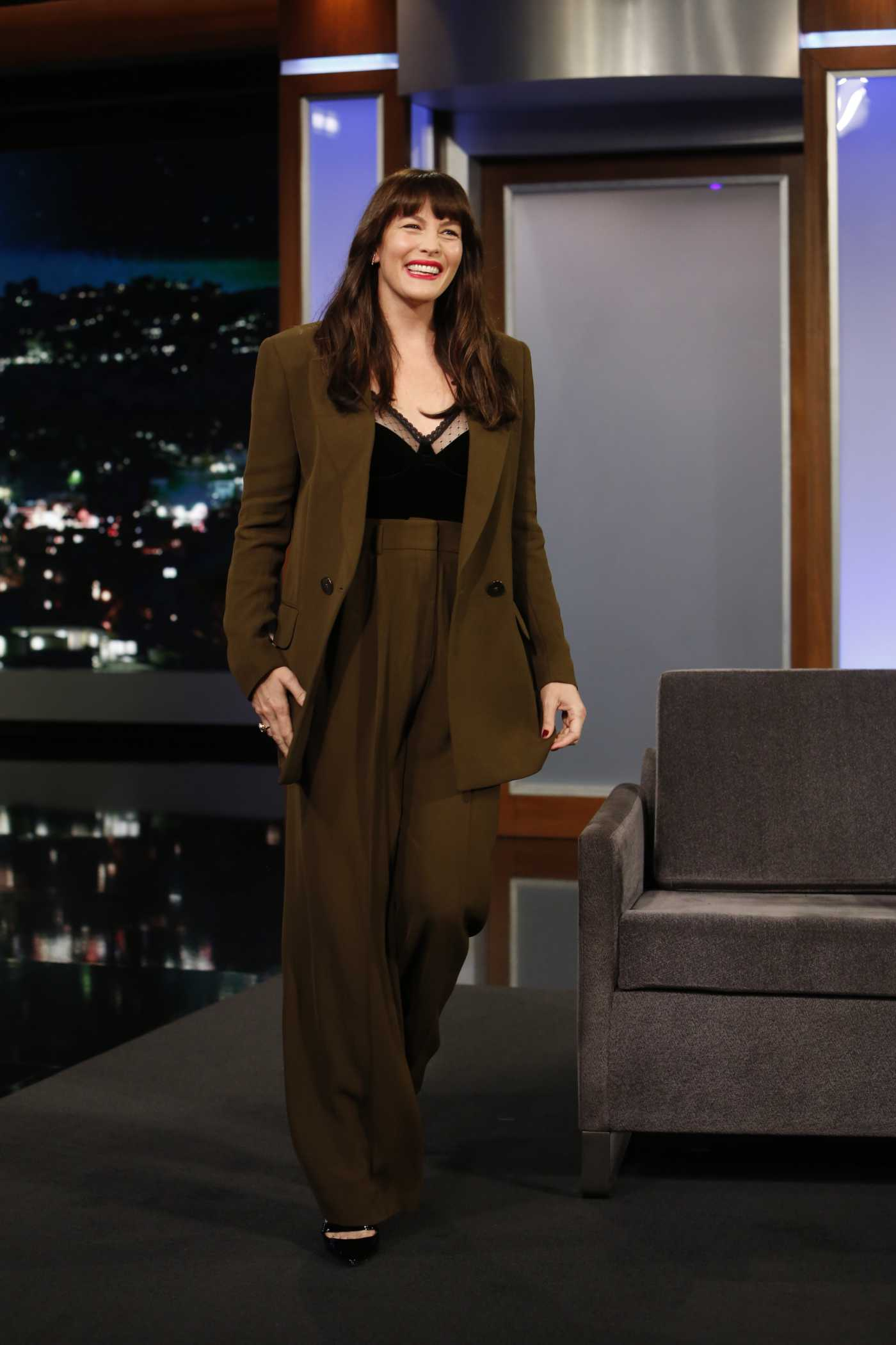 Liv Tyler in a Brown Suit Attends the Jimmy Kimmel Live in Los Angeles 01/21/2020