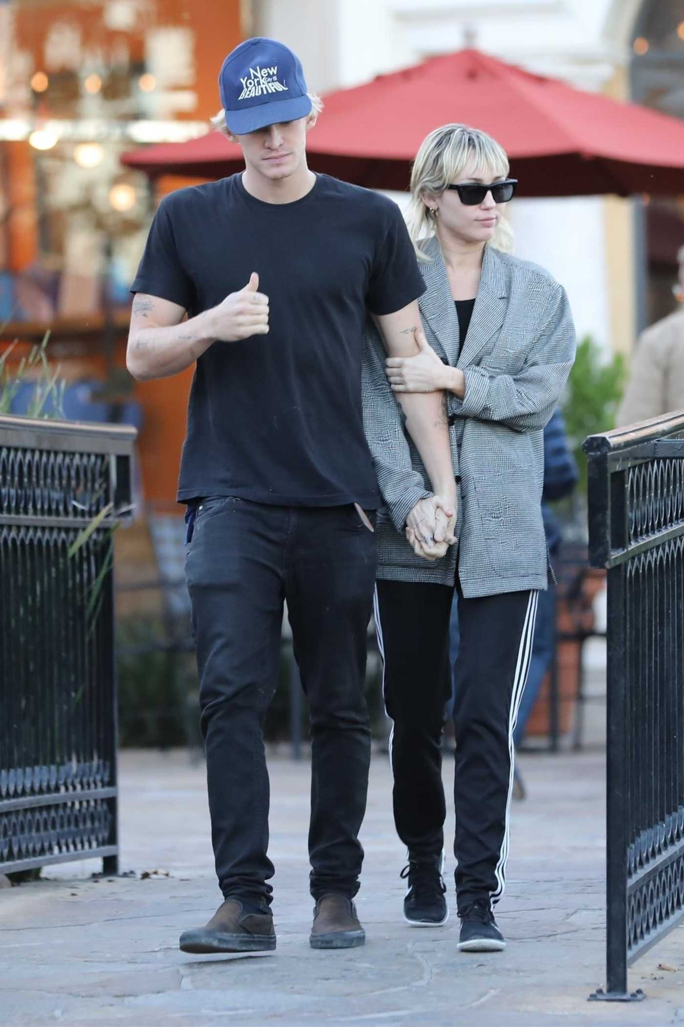 Miley Cyrus in a Gray Blazer Was Seen Out with Cody Simpson in Calabasas 01/23/2020