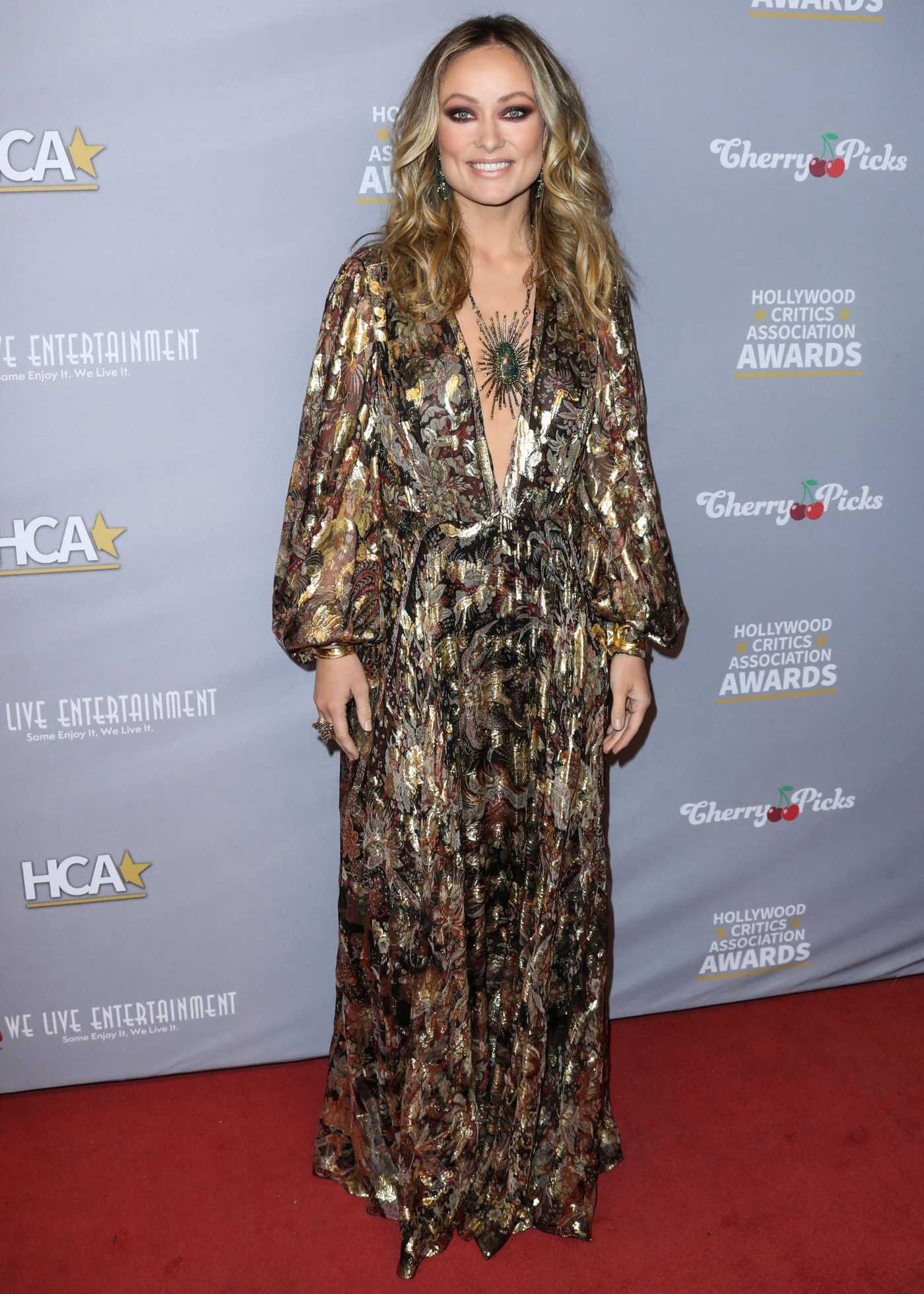Olivia Wilde Attends the 3rd Annual Hollywood Critics' Awards at the Taglyan Cultural Complex in Hollywood 01/10/2020
