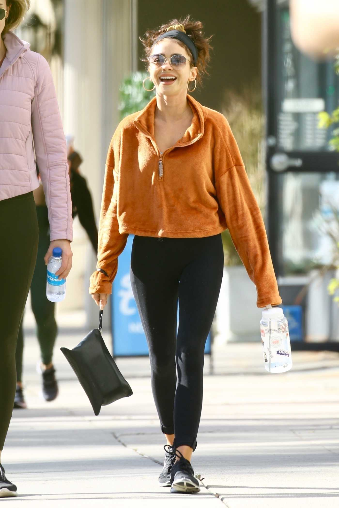 Sarah Hyland in a Black Leggings Was Seen Out in Studio City 01/09/2020