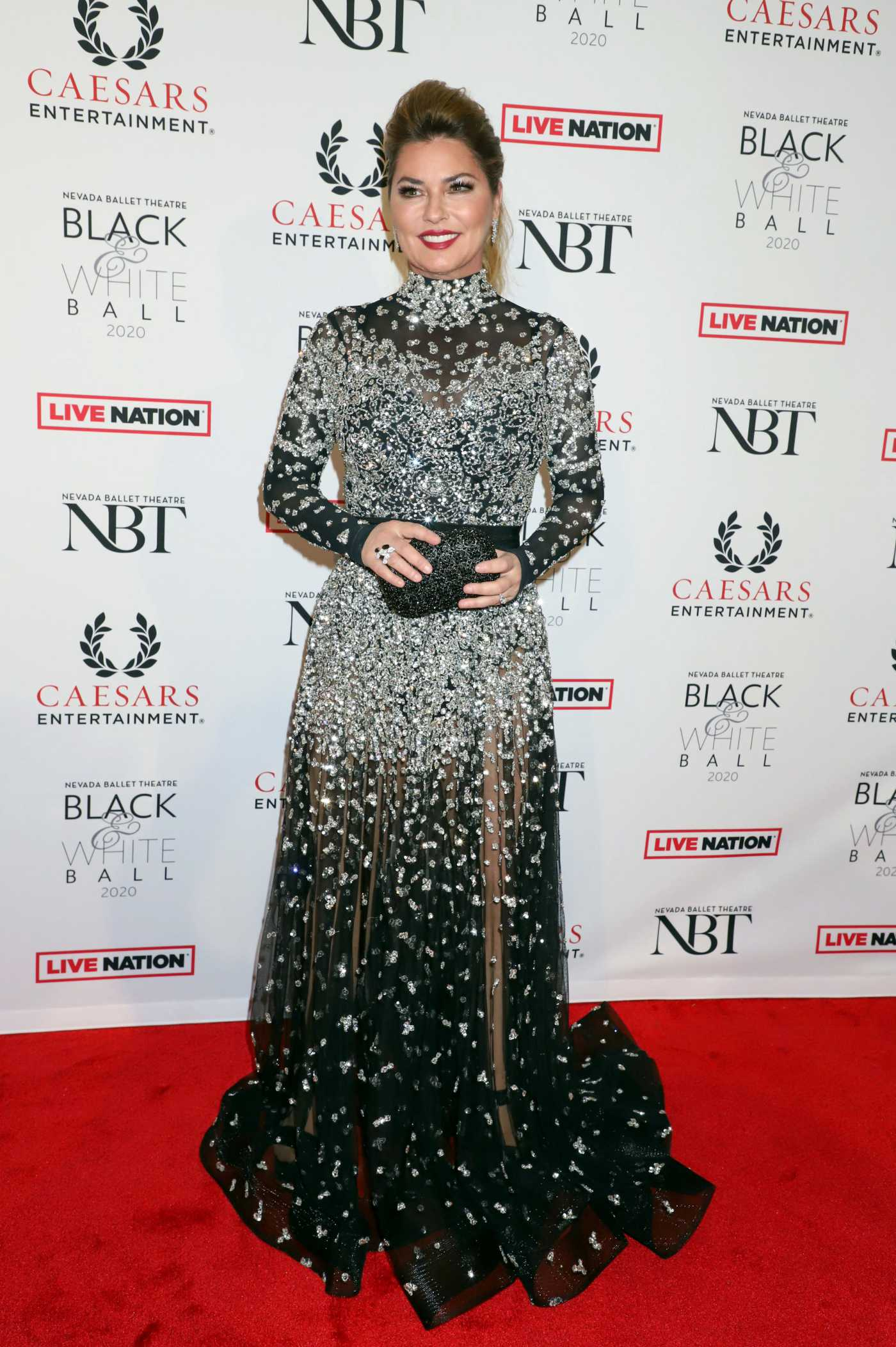 Shania Twain Attends the Nevada Ballet Theatre's Black and White Ball in Las Vegas 01/25/2020