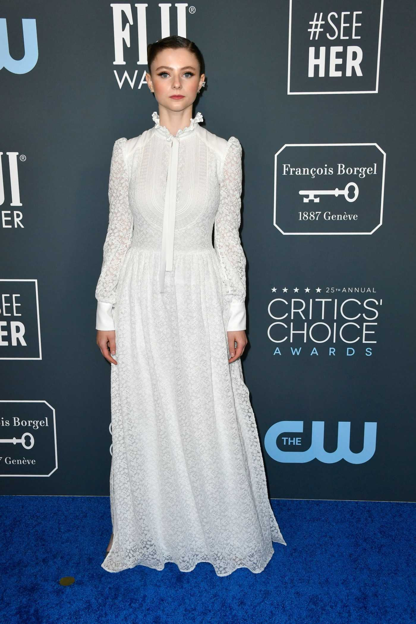 Thomasin McKenzie Attends the 25th Annual Critics Choice Awards in Santa Monica 01/12/2020