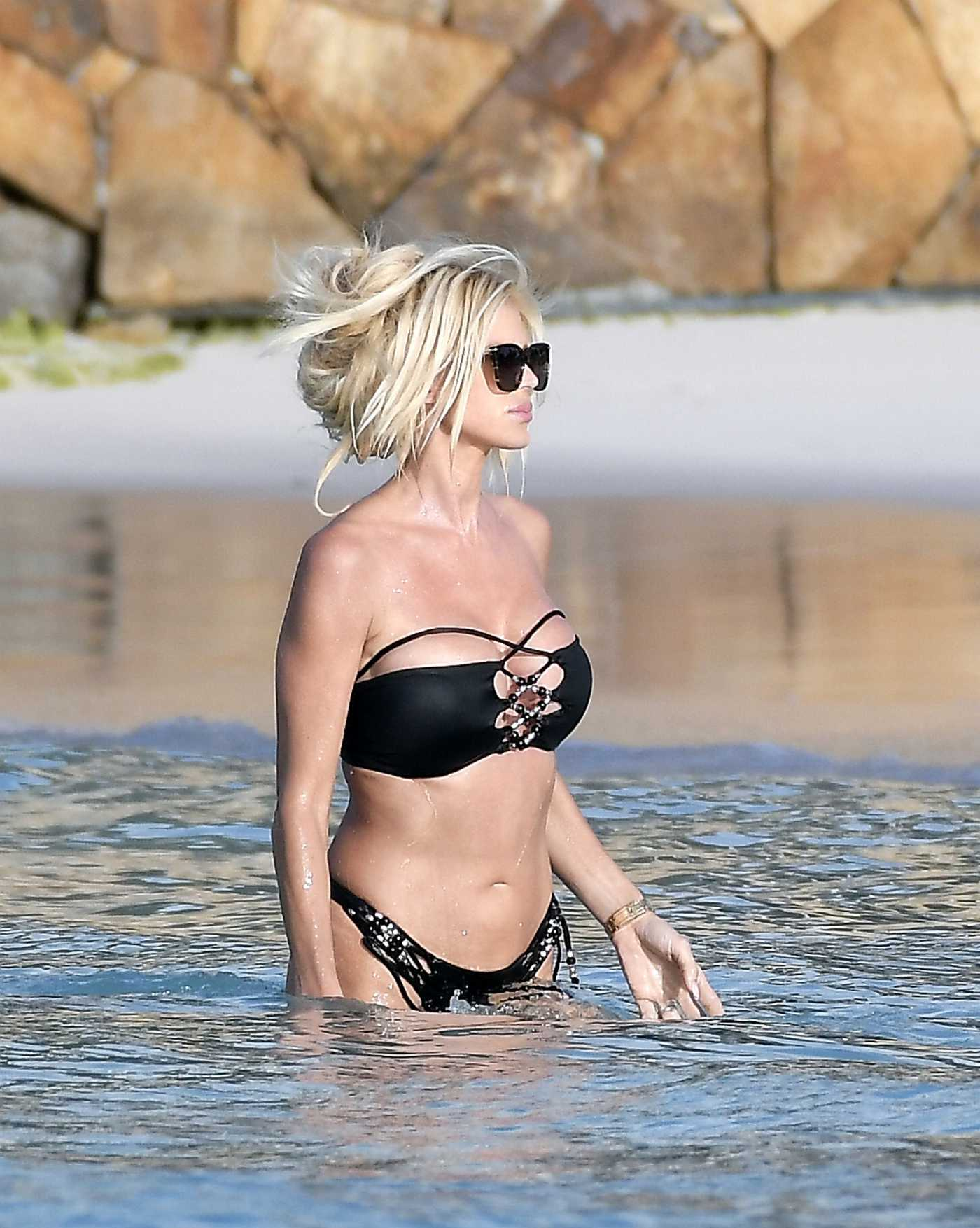 Victoria Silvstedt in a Black Bikini on the Beach in St Barths 01/09/2020