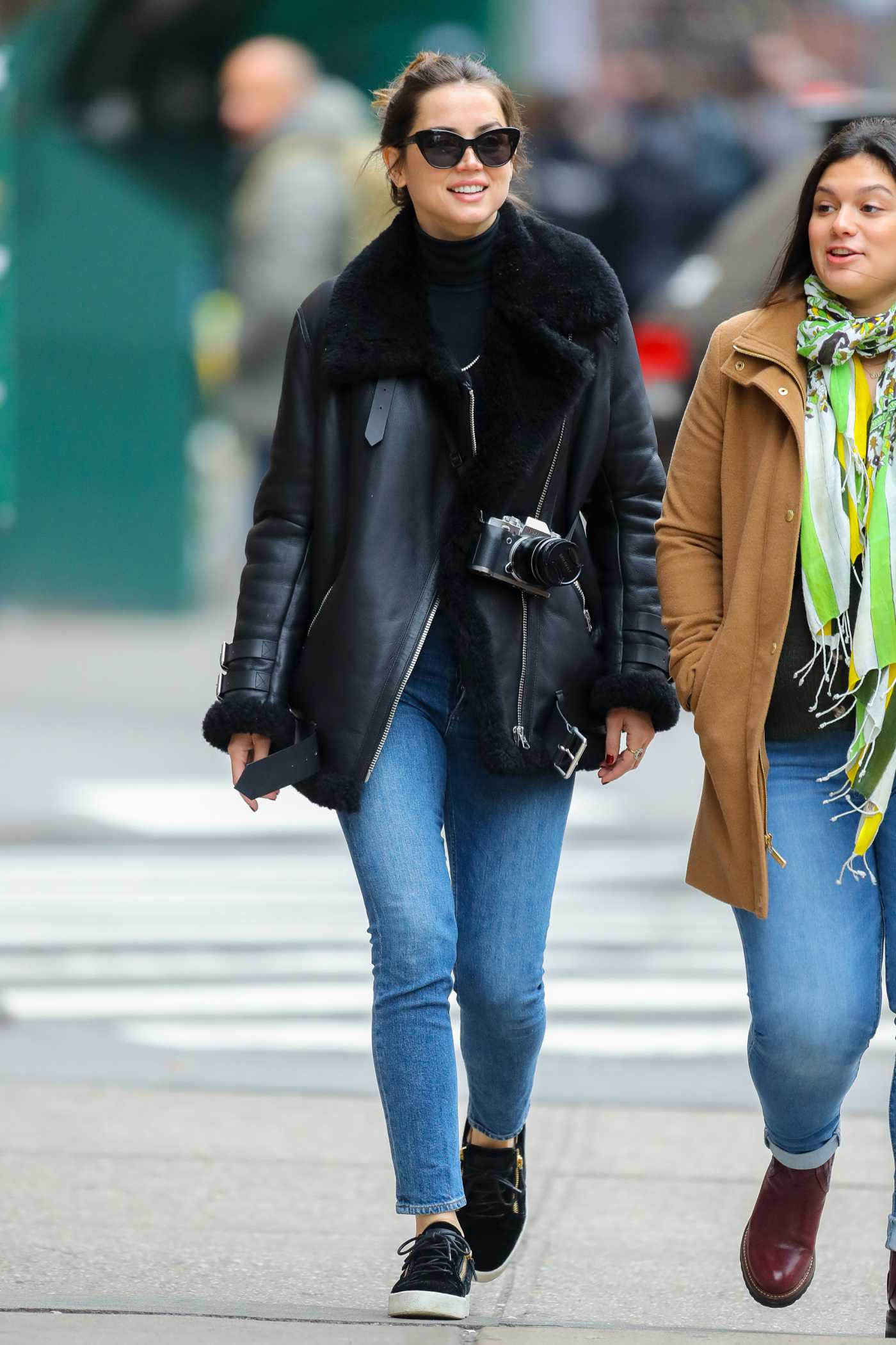 Ana de Armas in a Black Sheepskin Jacket Was Seen Out in New York City 02/18/2020