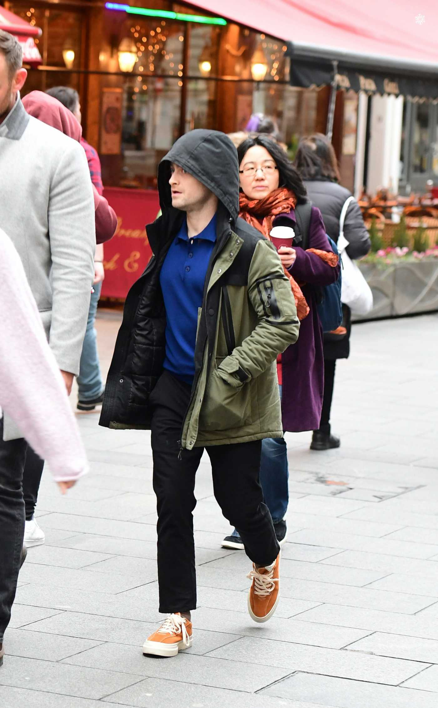 Daniel Radcliffe in an Orange Sneakers Arrives at the Global Radio in London 02/10/2020