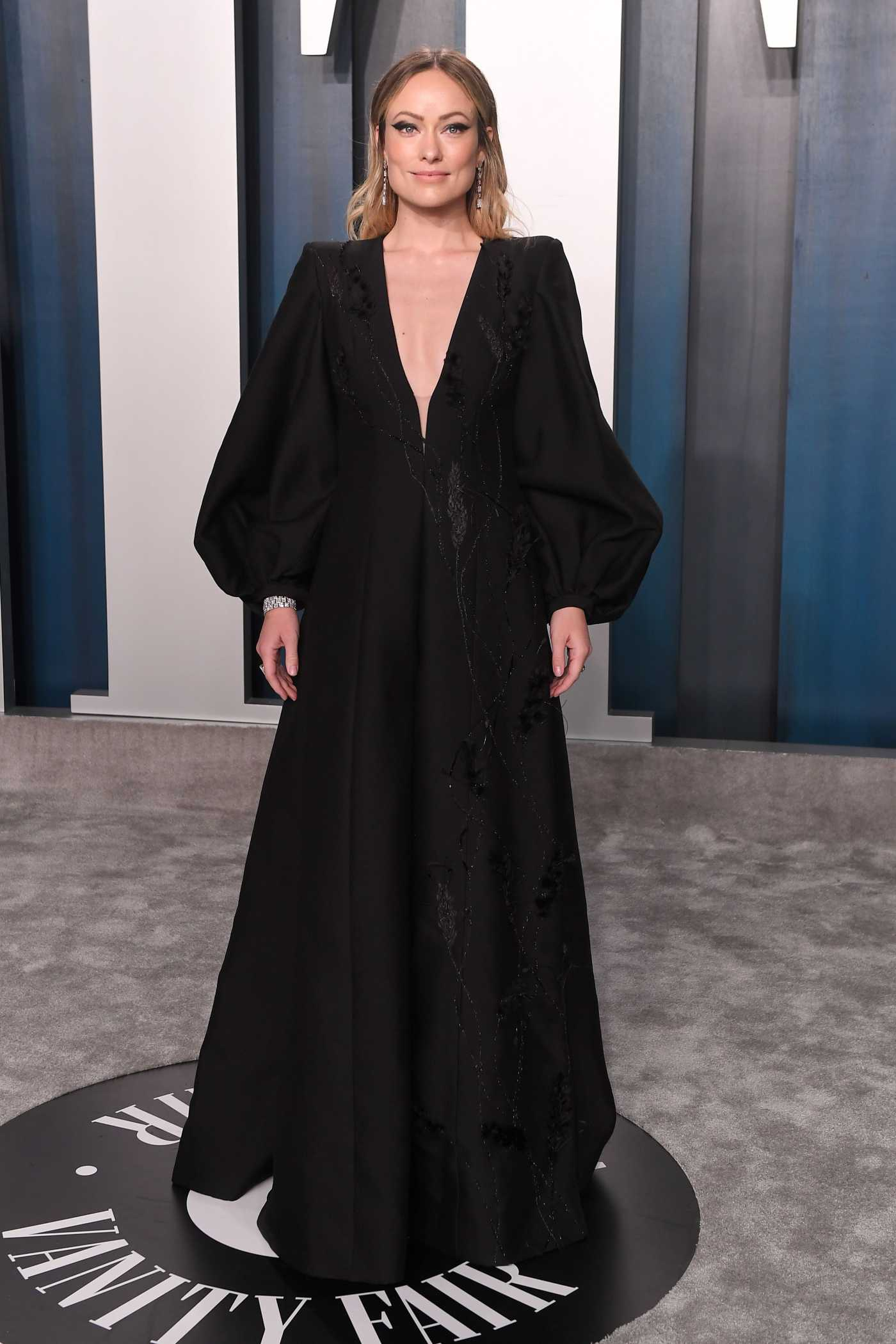Olivia Wilde Attends the 92nd Academy Awards Vanity Fair Oscar Party in Beverly Hills 02/09/2020