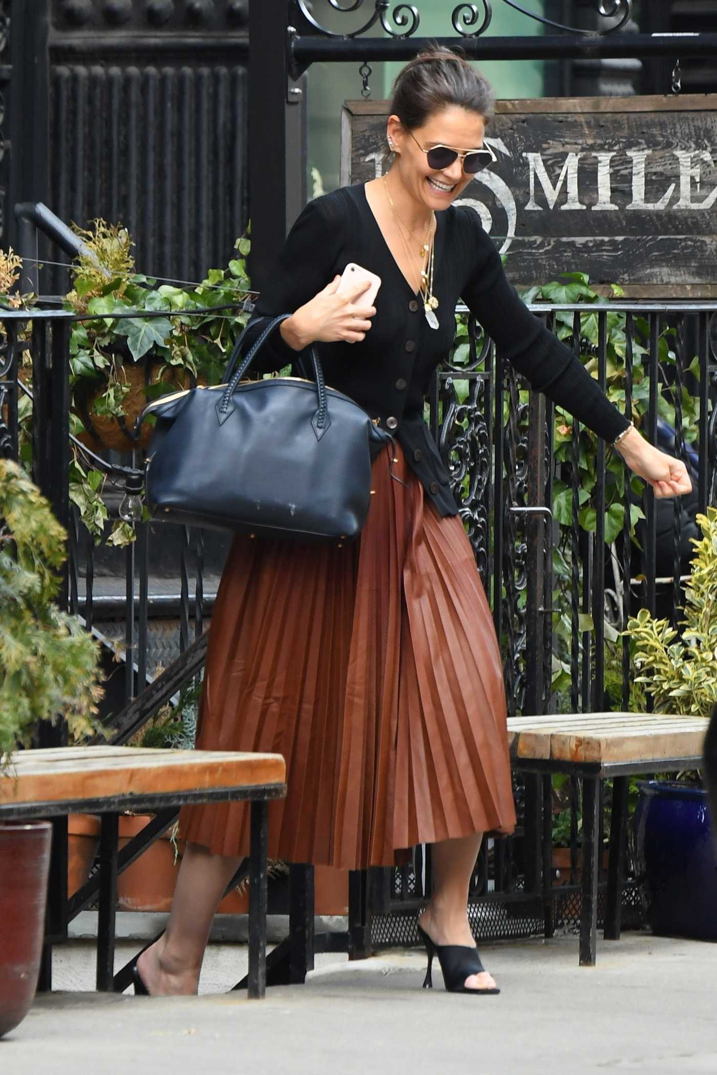 Katie Holmes in a Brown Skirt Was Seen Out in NYC 03/05/2020