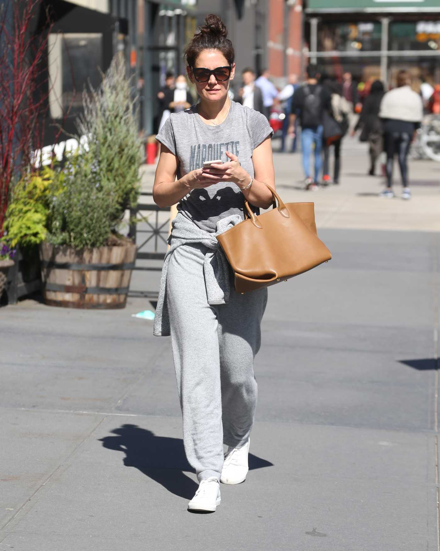 Katie Holmes in a Gray Tee Was Seen Out in New York 03/09/2020