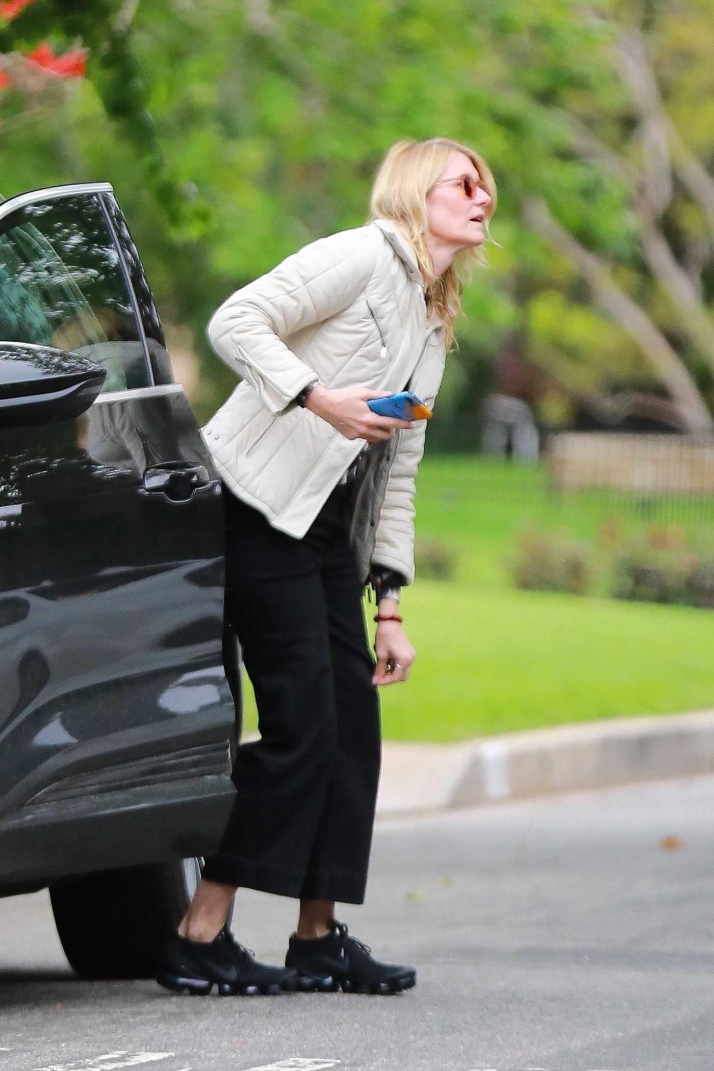 Laura Dern in a Beige Jacket Was Seen Out in Los Angeles 03/22/2020