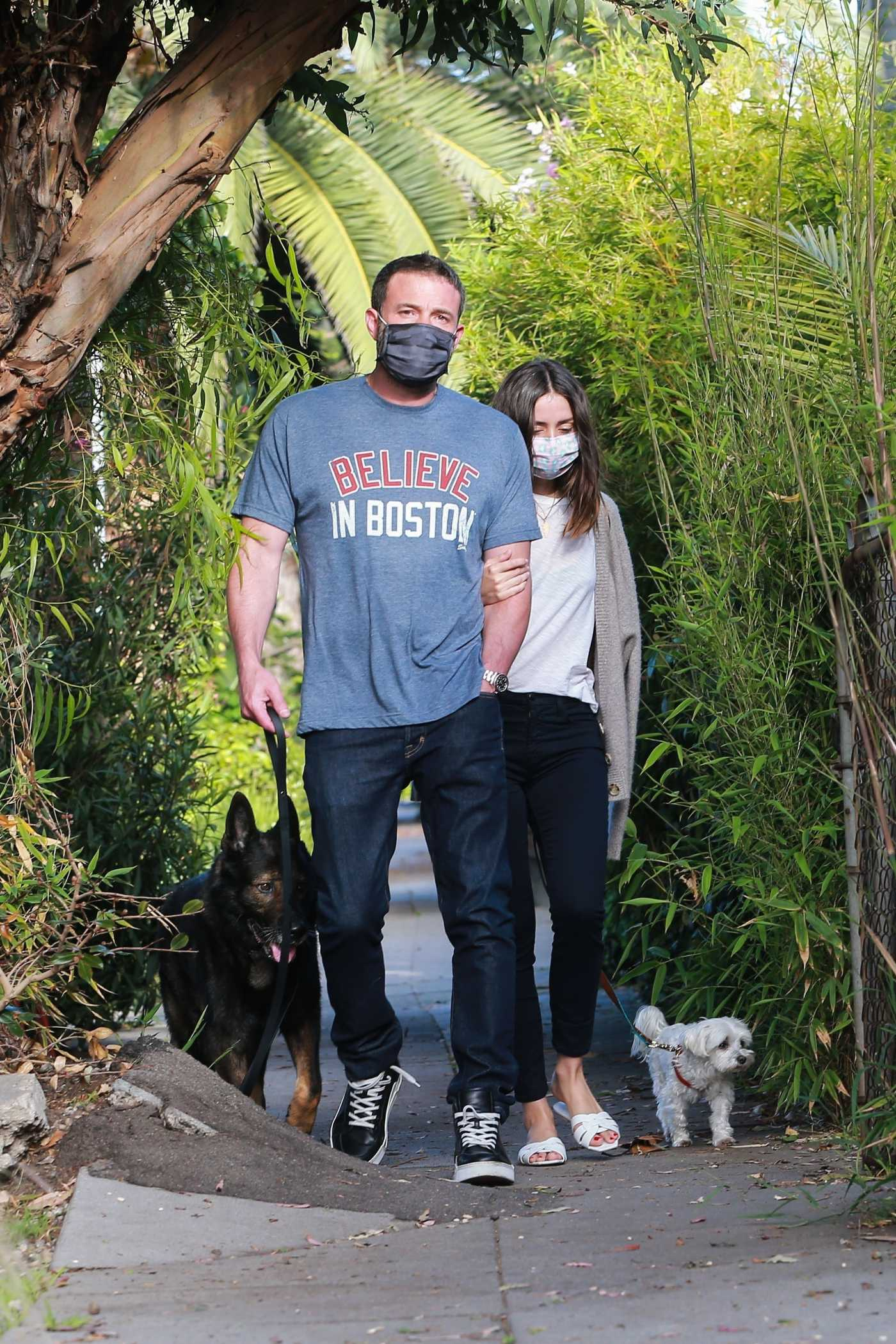 Ana de Armas Walks Her Dog Out with Ben Affleck in Santa Monica 04/25/2020